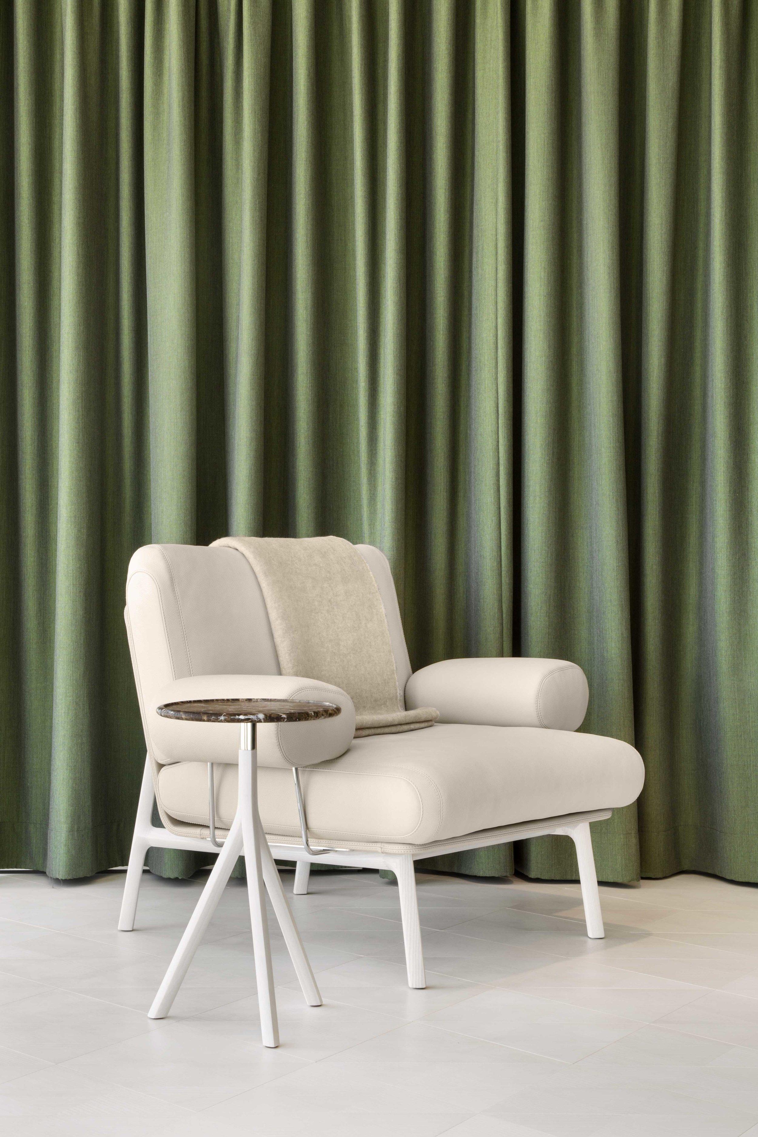 medeo-armchair_furniture-design_coordination-berlin_01.jpg