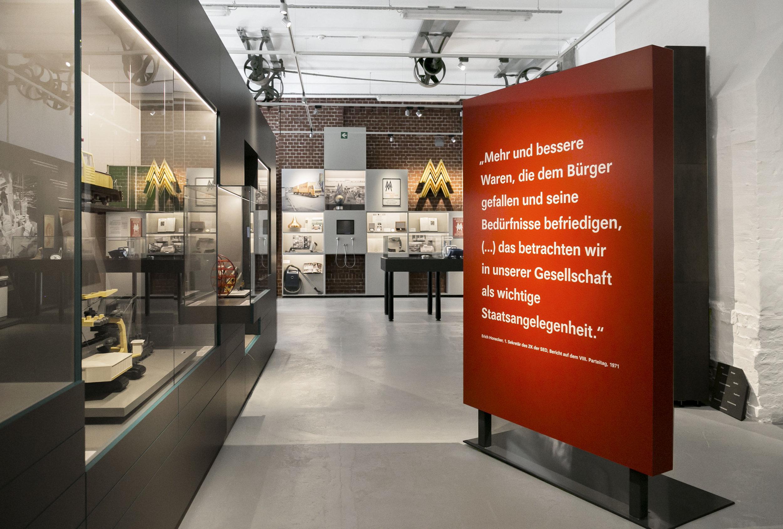 alles-nach-plan_museum-exhibition-design_coordination-berlin_002.jpg