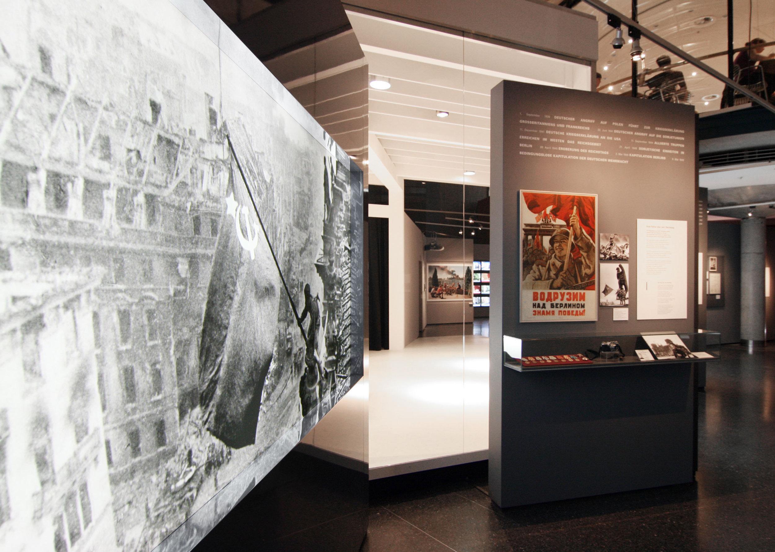 bilder-im-kopf_museum-exhibition-design_coordination-berlin_02.jpg