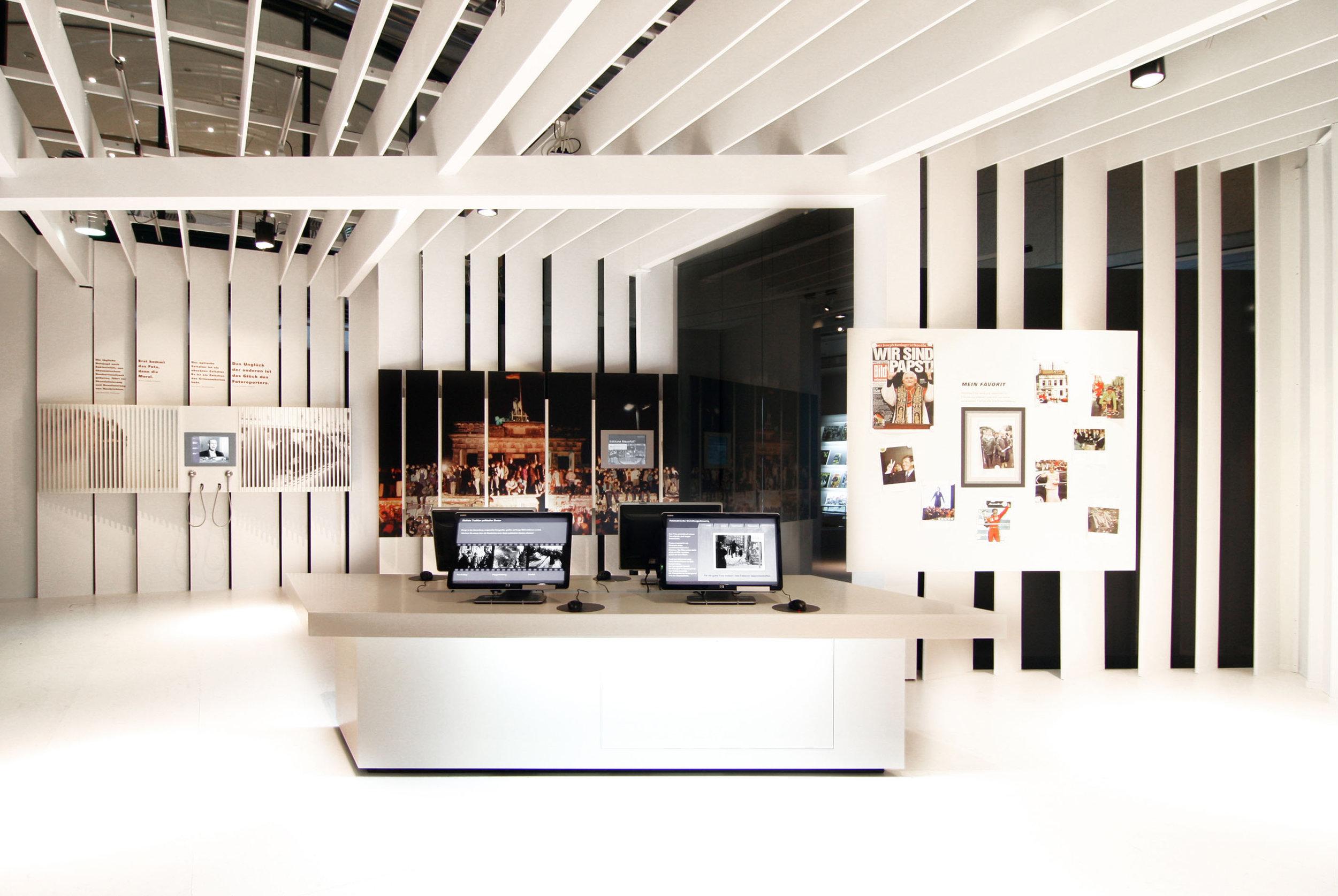 bilder-im-kopf_museum-exhibition-design_coordination-berlin_03.jpg