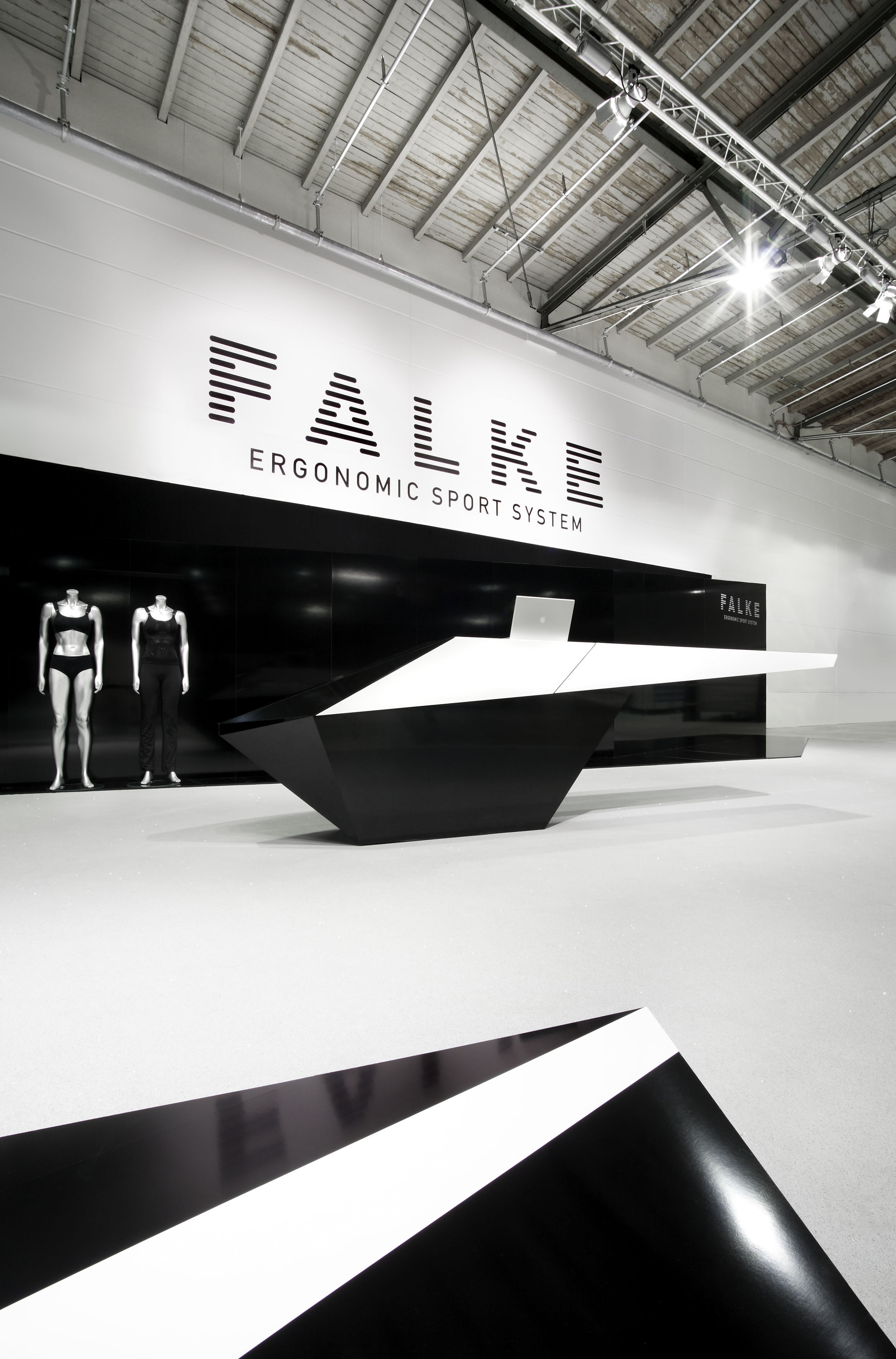 falke_tradefair-exhibition-design_coordination-berlin_02.jpg