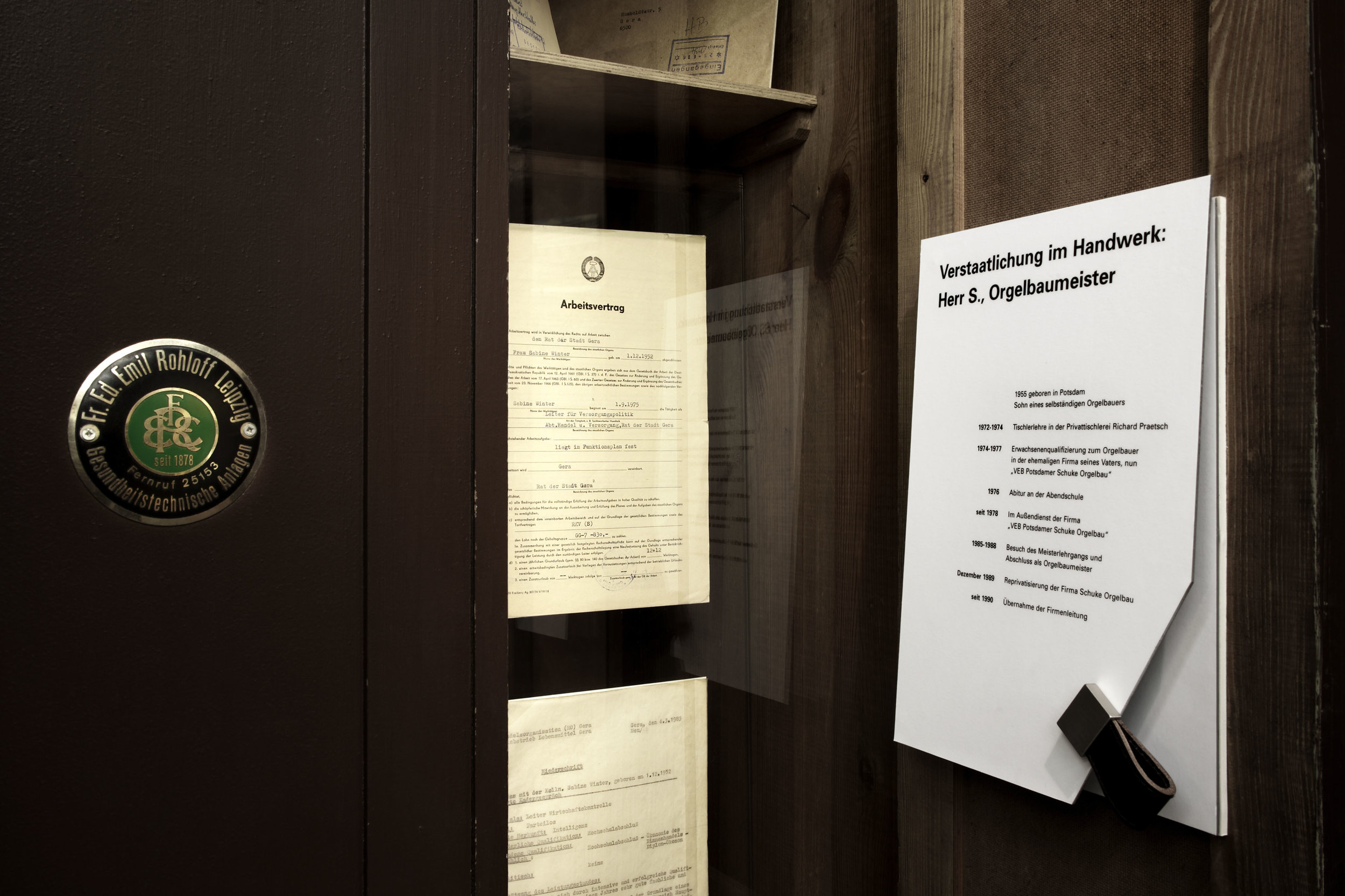zeitgeschichtliches-forum-leipzig_museum-exhibition-design_coordination-berlin_05.jpg