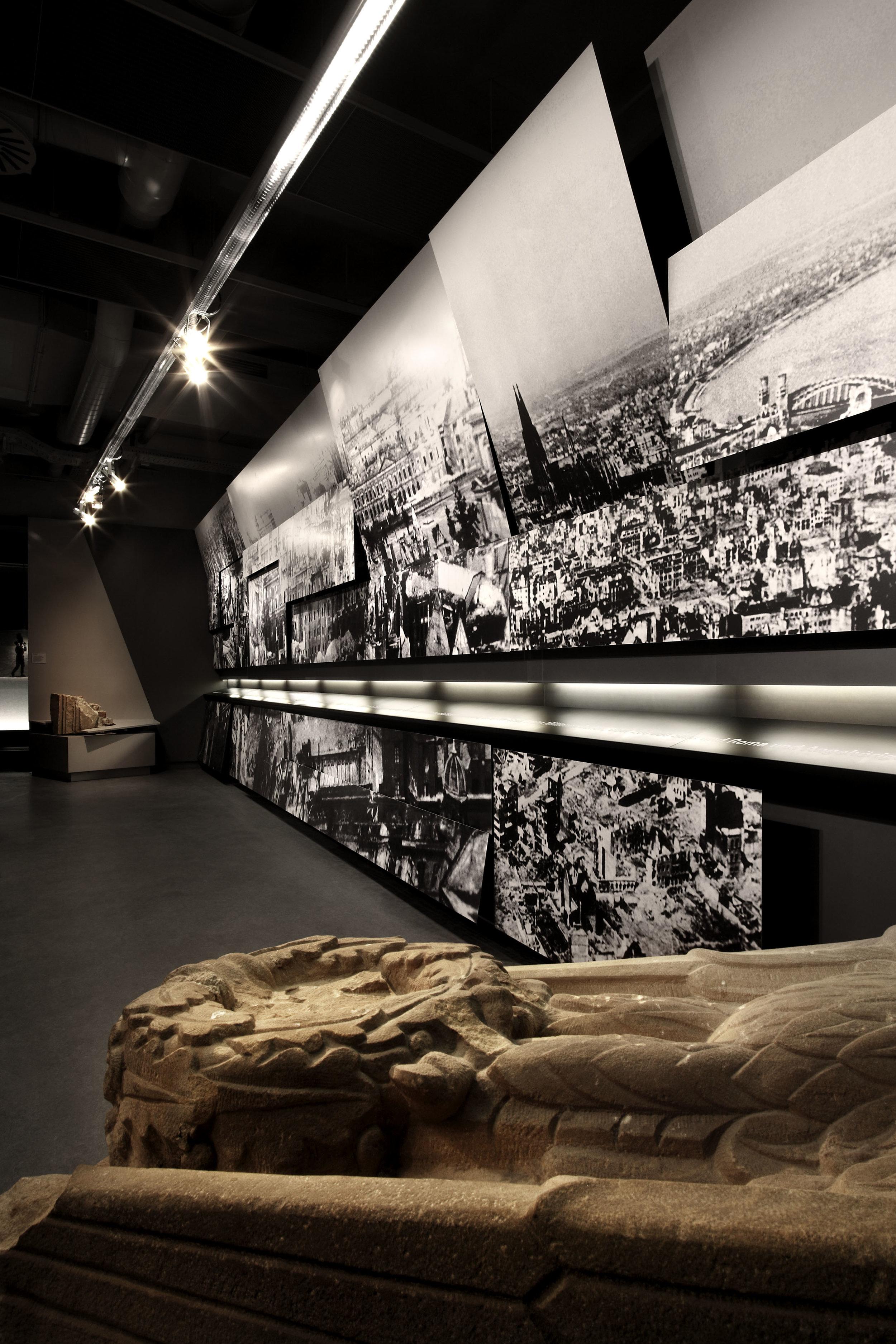 zeitgeschichtliches-forum-leipzig_museum-exhibition-design_coordination-berlin_08.jpg