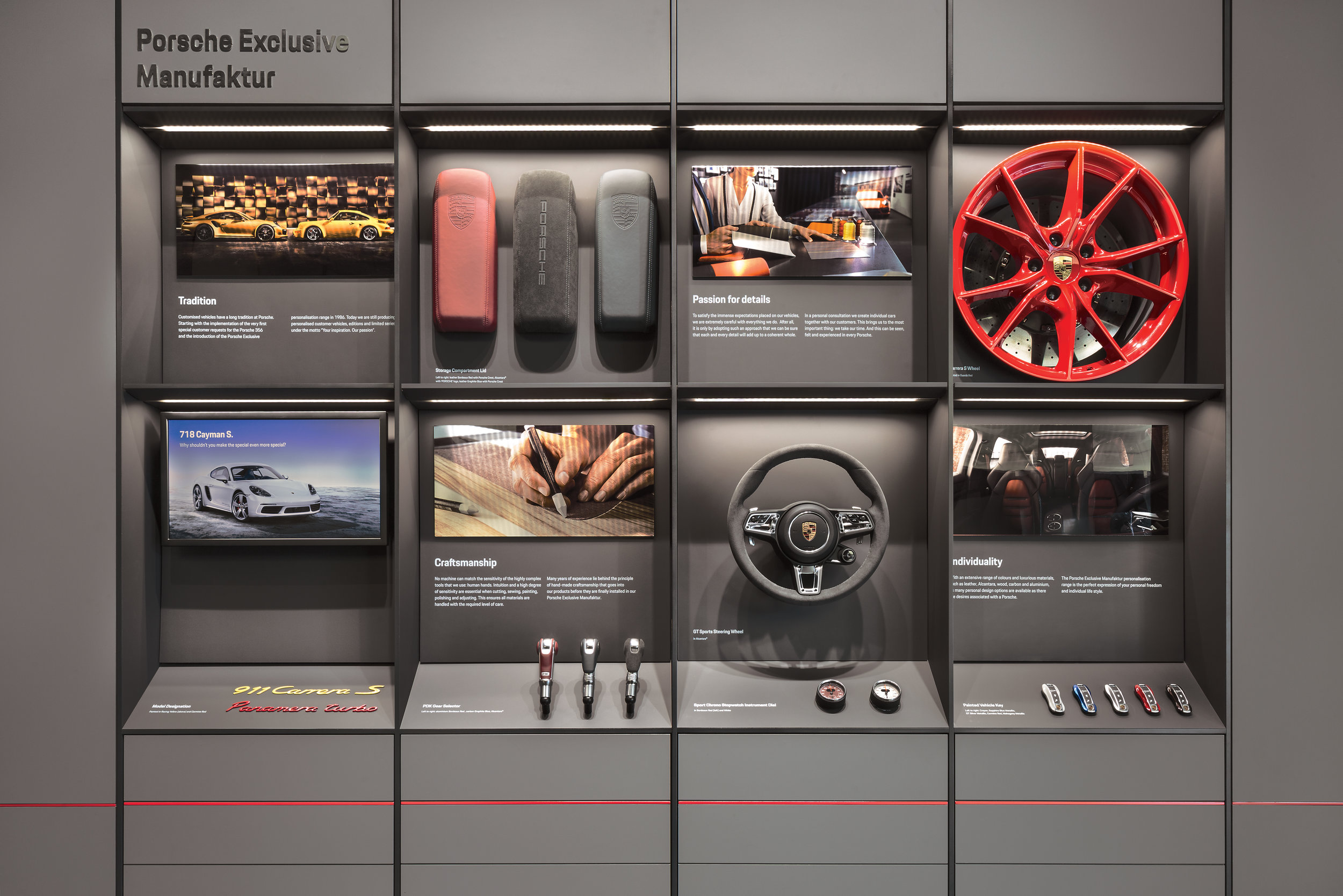 porsche-studio_retail-interior-design_coordination-berlin_11a.jpg