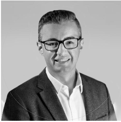 Ross_Latta_MacroFin_Consultant-Profile
