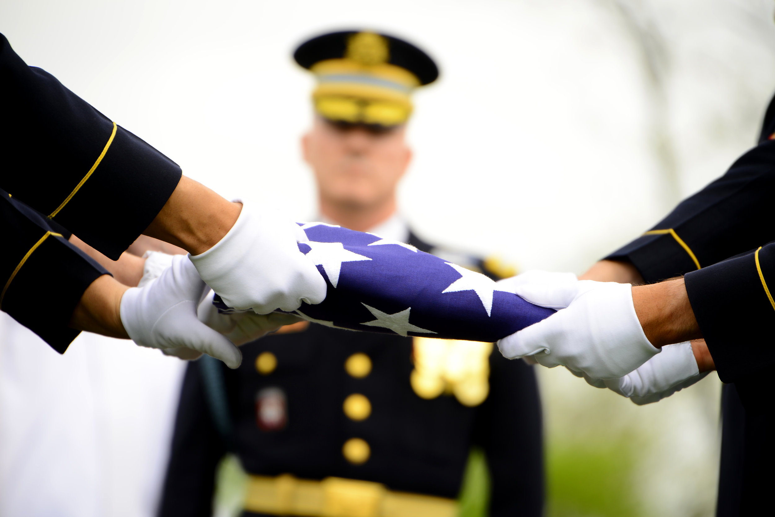 folded military flag2.jpg