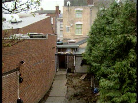 25 Cromwell Street back garden