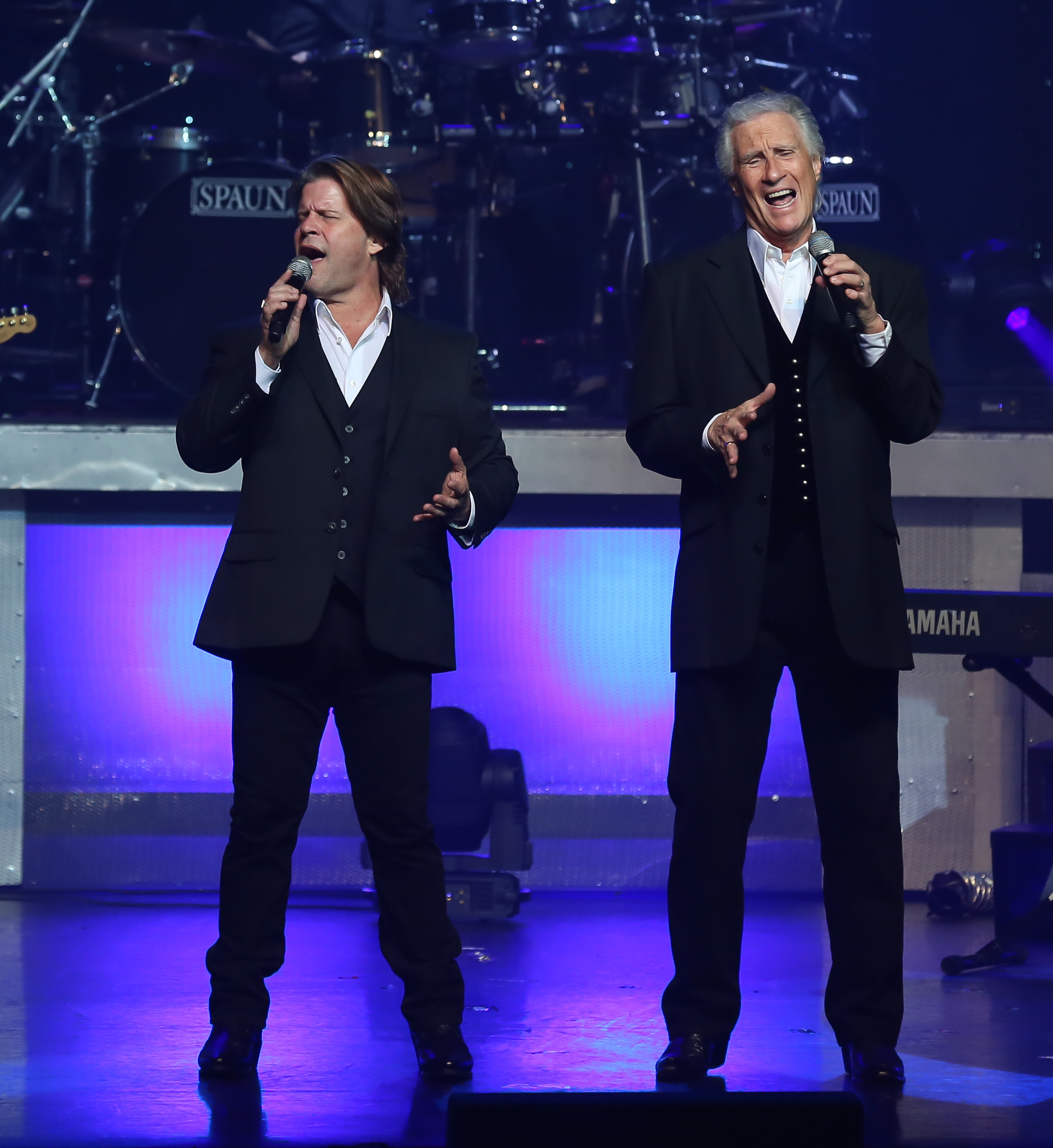 RIGHTEOUS BROTHERS 0N STAGE.jpg