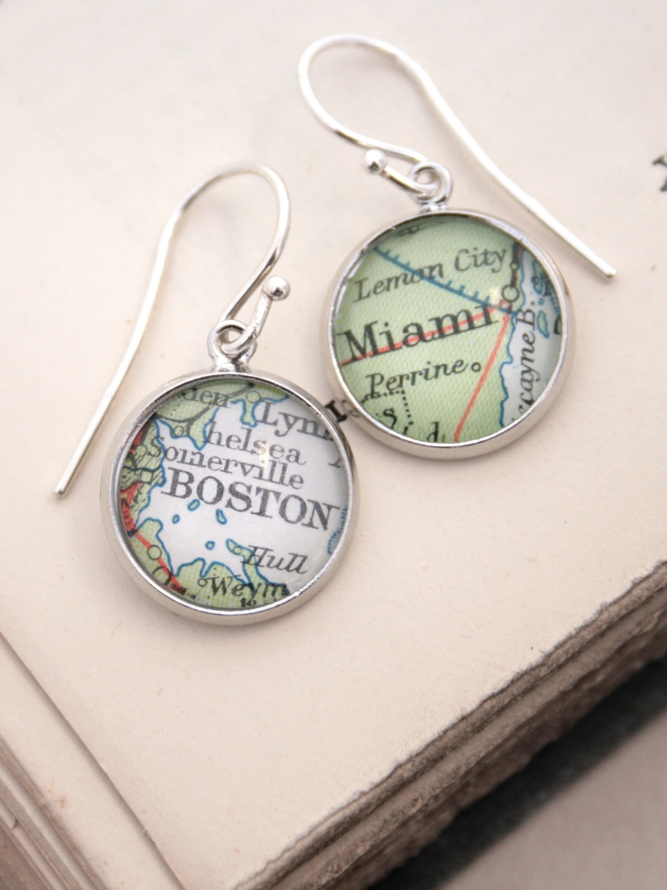 personalized dangle earrings with map locations