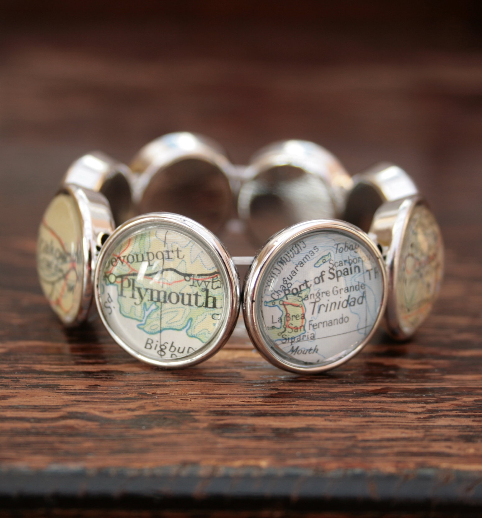 chunky bracelet with custom map locations / elastic bracelet personalized to customer request with eight cities