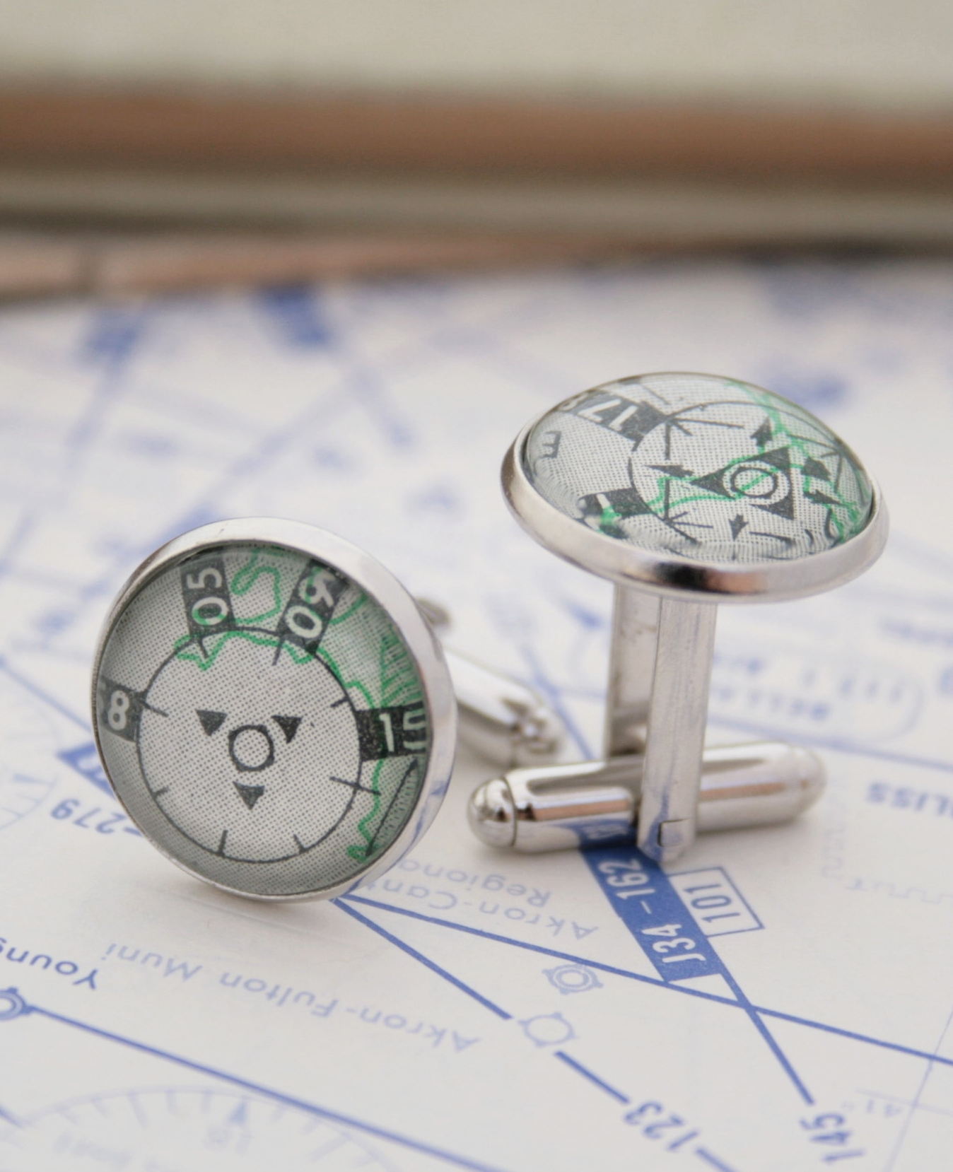 aviation gifts cufflinks with pilots charts
