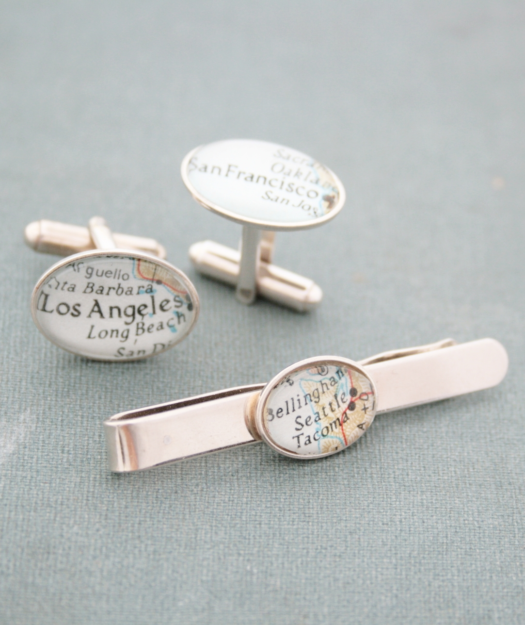tie clip and cufflinks with custom map destinations