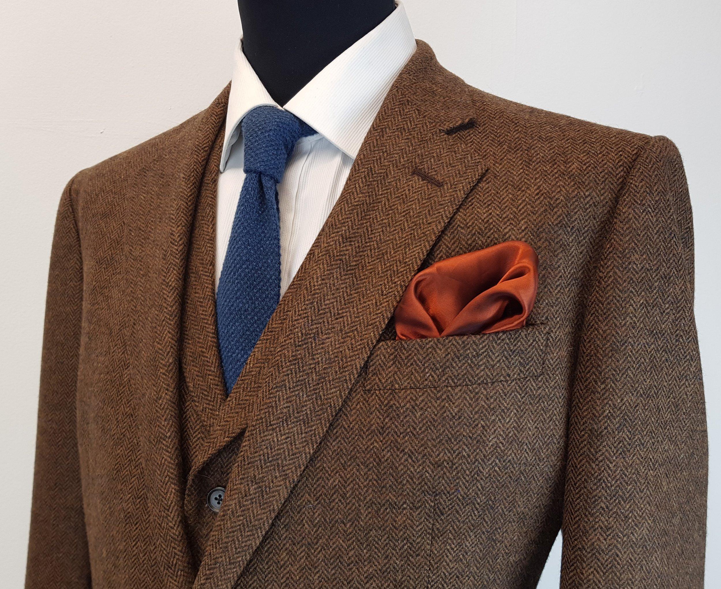 Brown Lambswool Herringbone Tweed (20).jpg