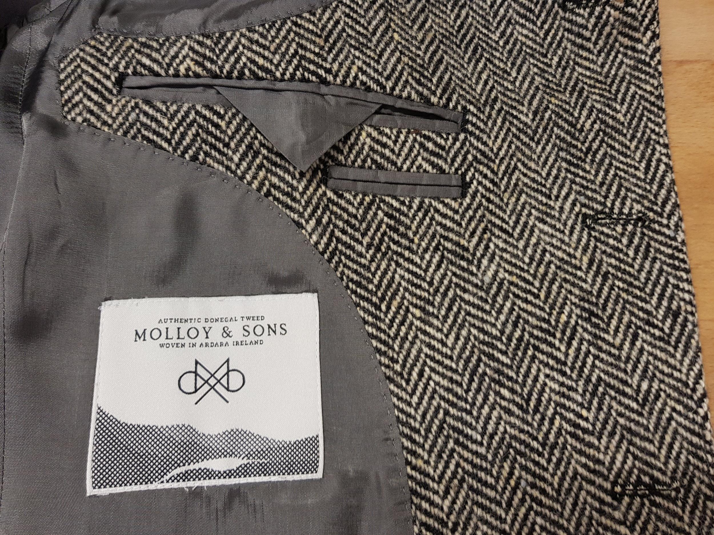 Molloy Herringbone Donegal Tweed (6).jpg