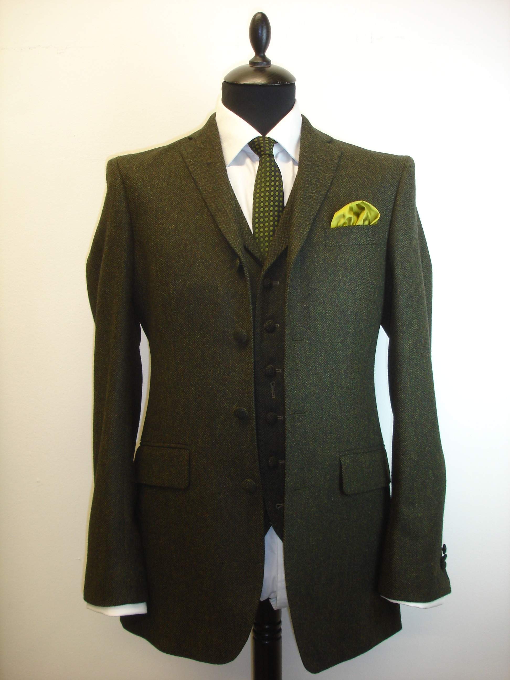 3 piece green lambswool herringbone tweed suit (5).JPG