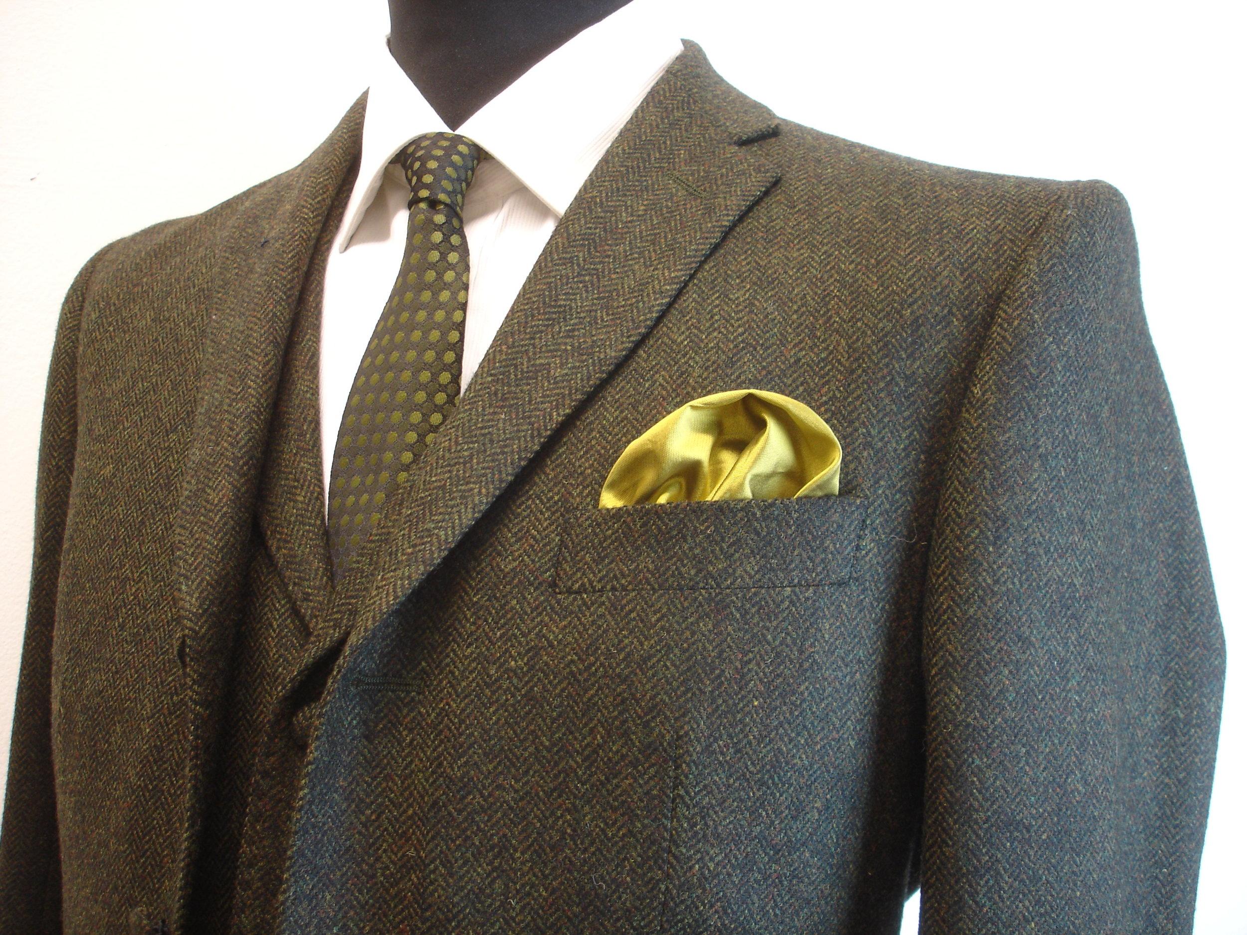 3 piece green lambswool herringbone tweed suit (7).JPG