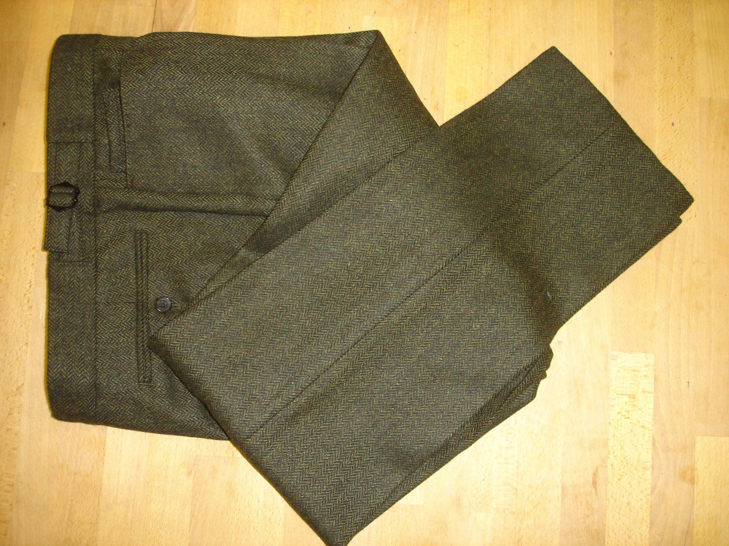 3 piece green lambswool herringbone tweed suit (11).JPG