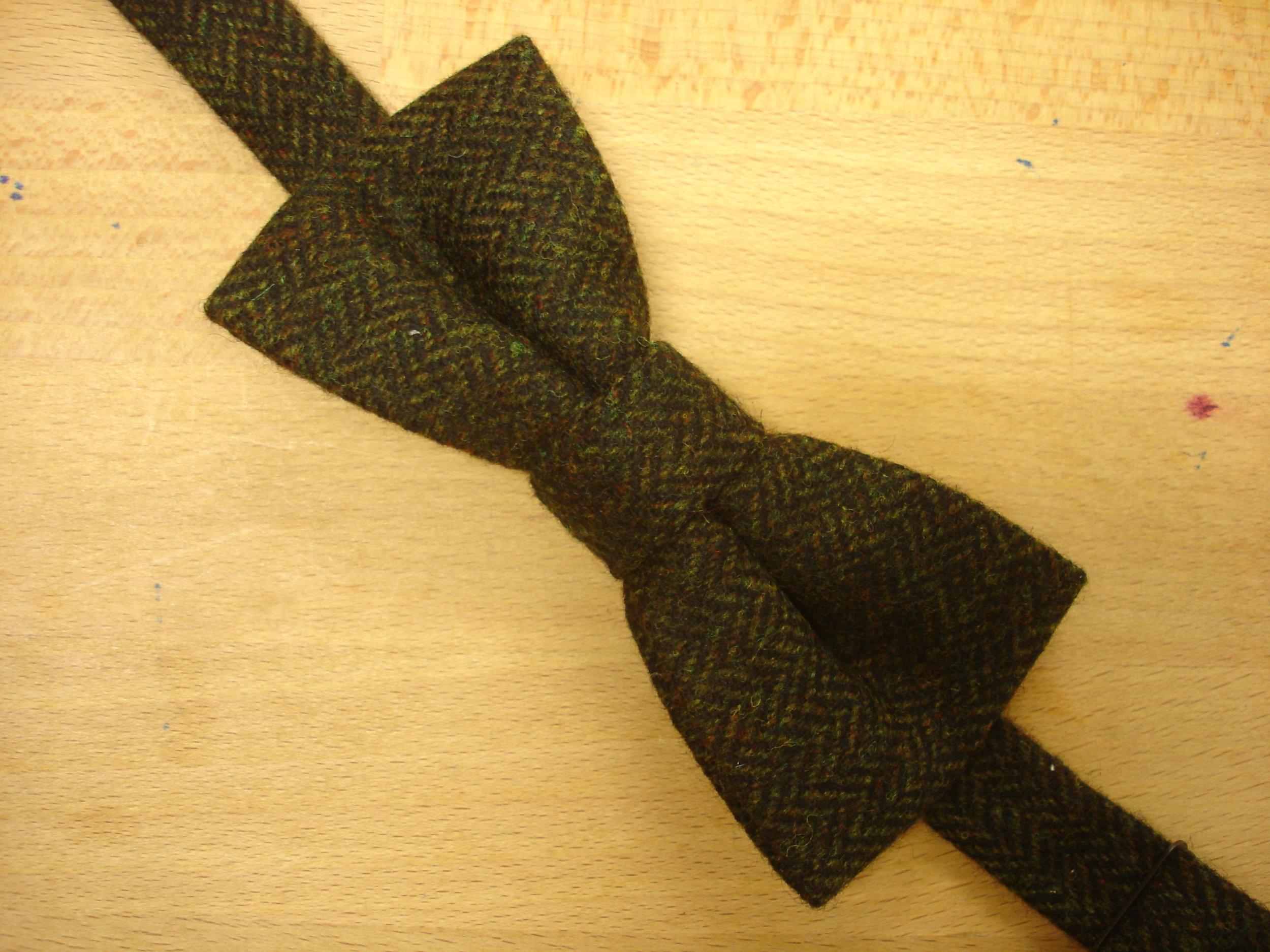 Tweed caps, ties and bow ties (8).JPG