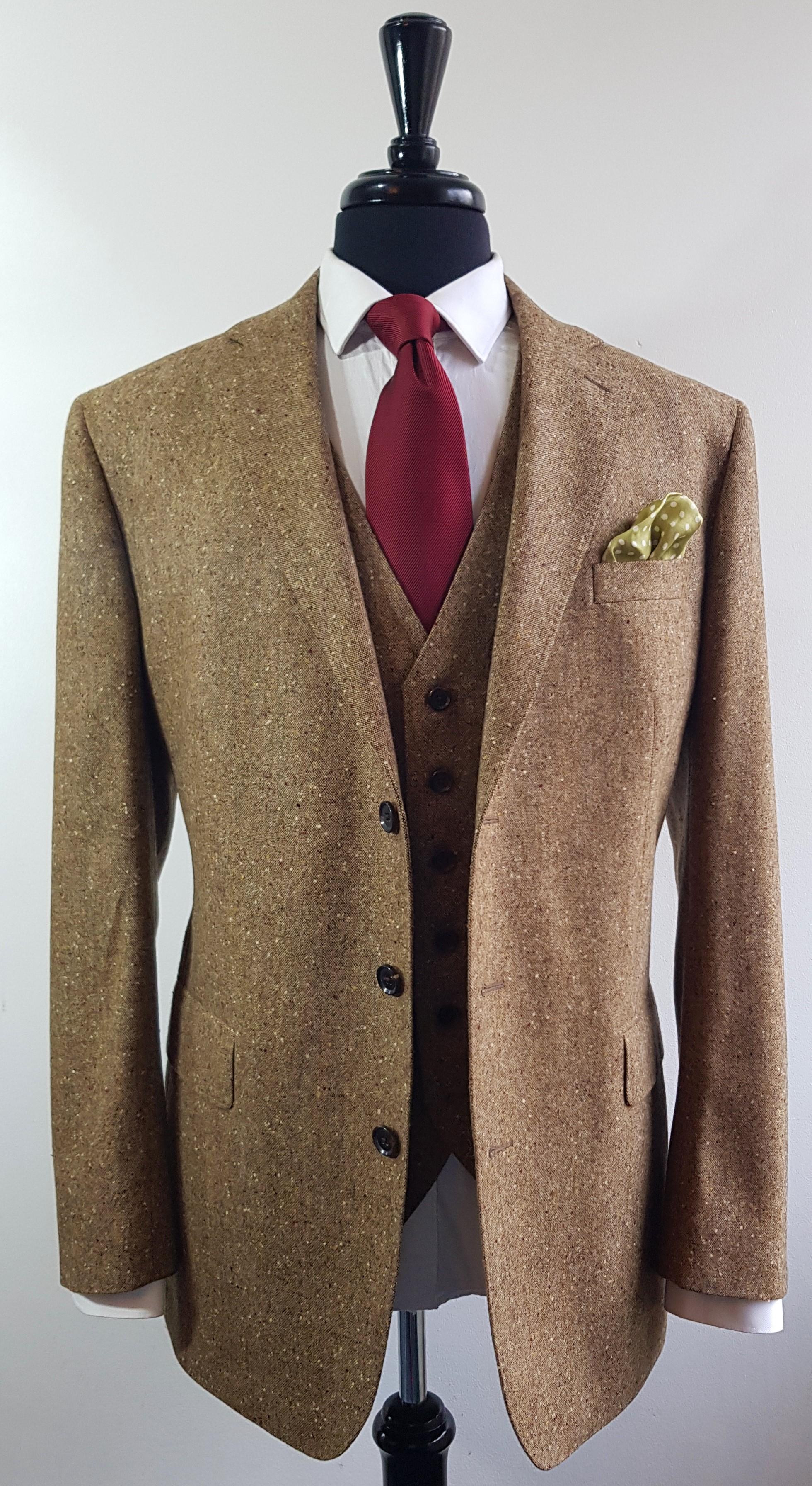 Brown Donegal 3 piece tweed suit (4).jpg