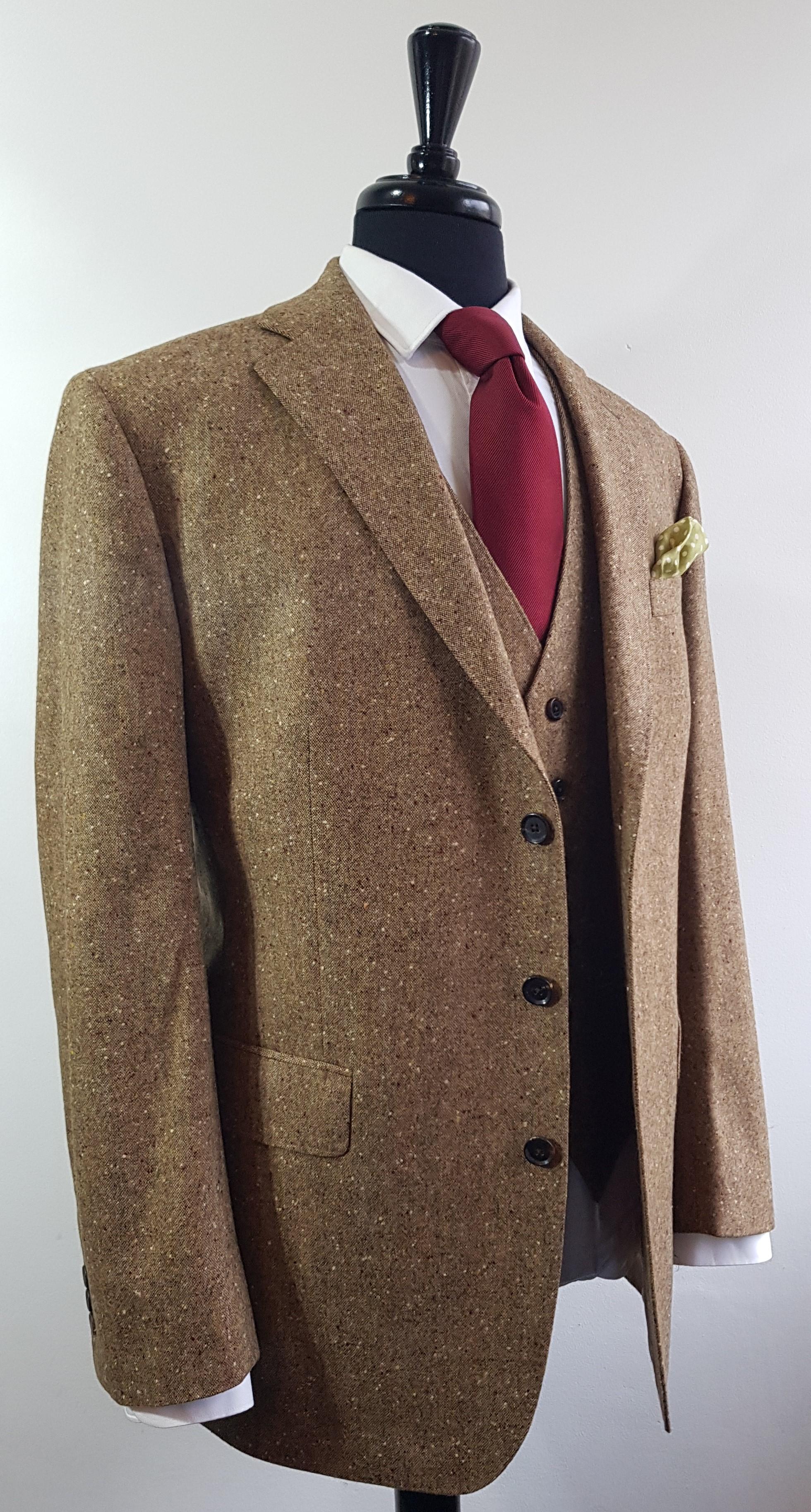 Brown Donegal 3 piece tweed suit (8).jpg