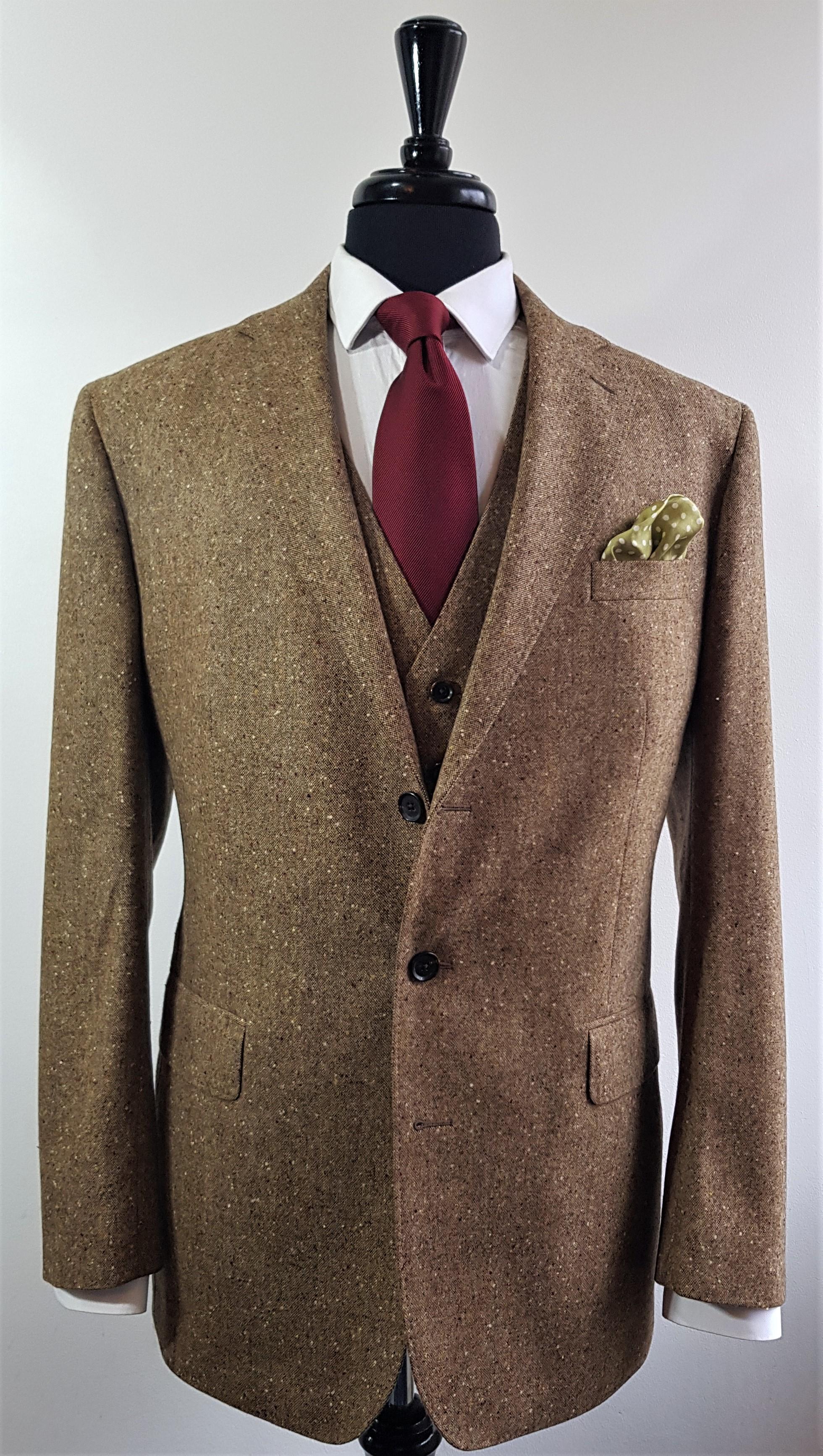 Brown Donegal 3 piece tweed suit (9).jpg