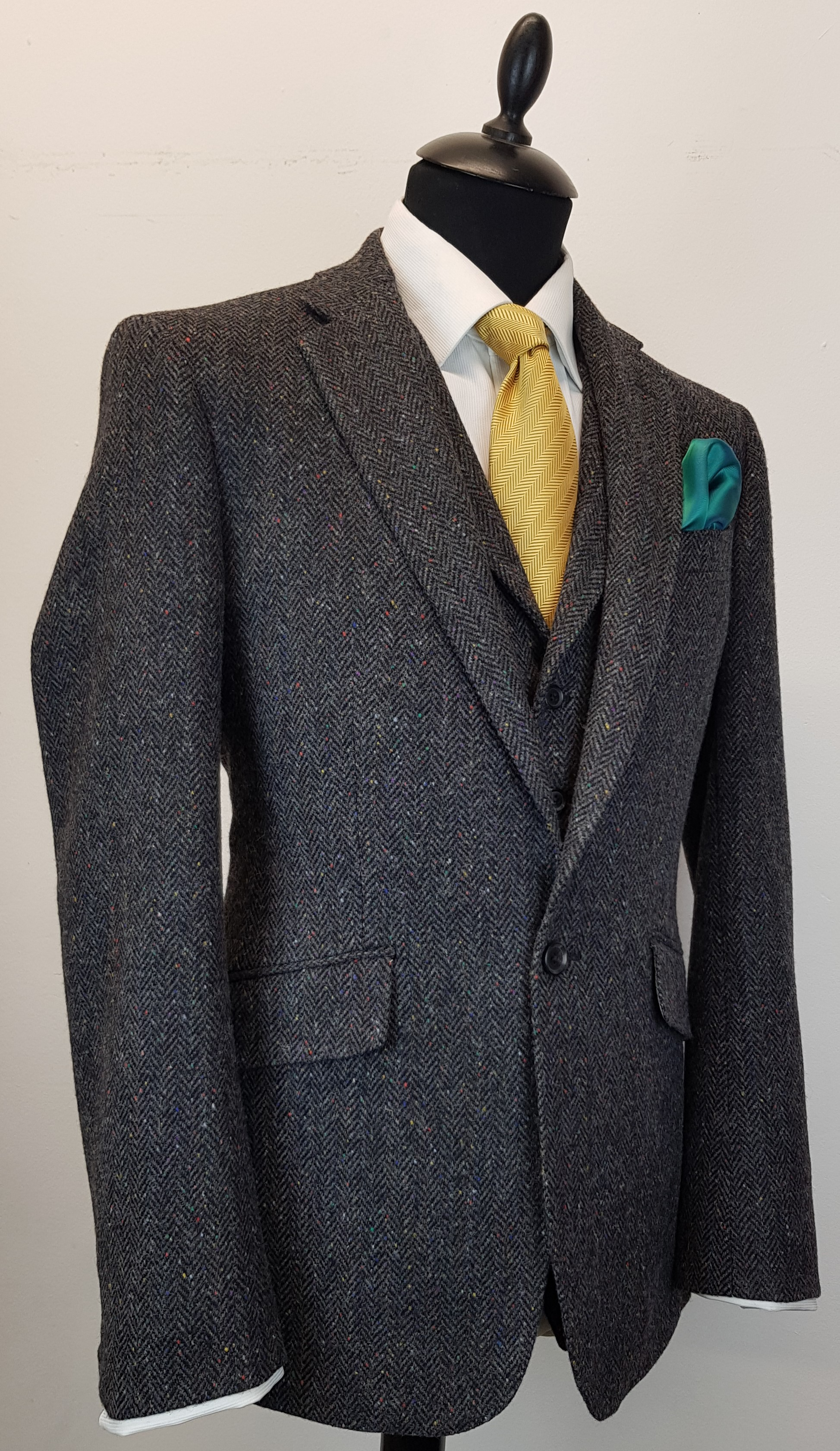 3 piece Donegal tweed suit (11).jpg