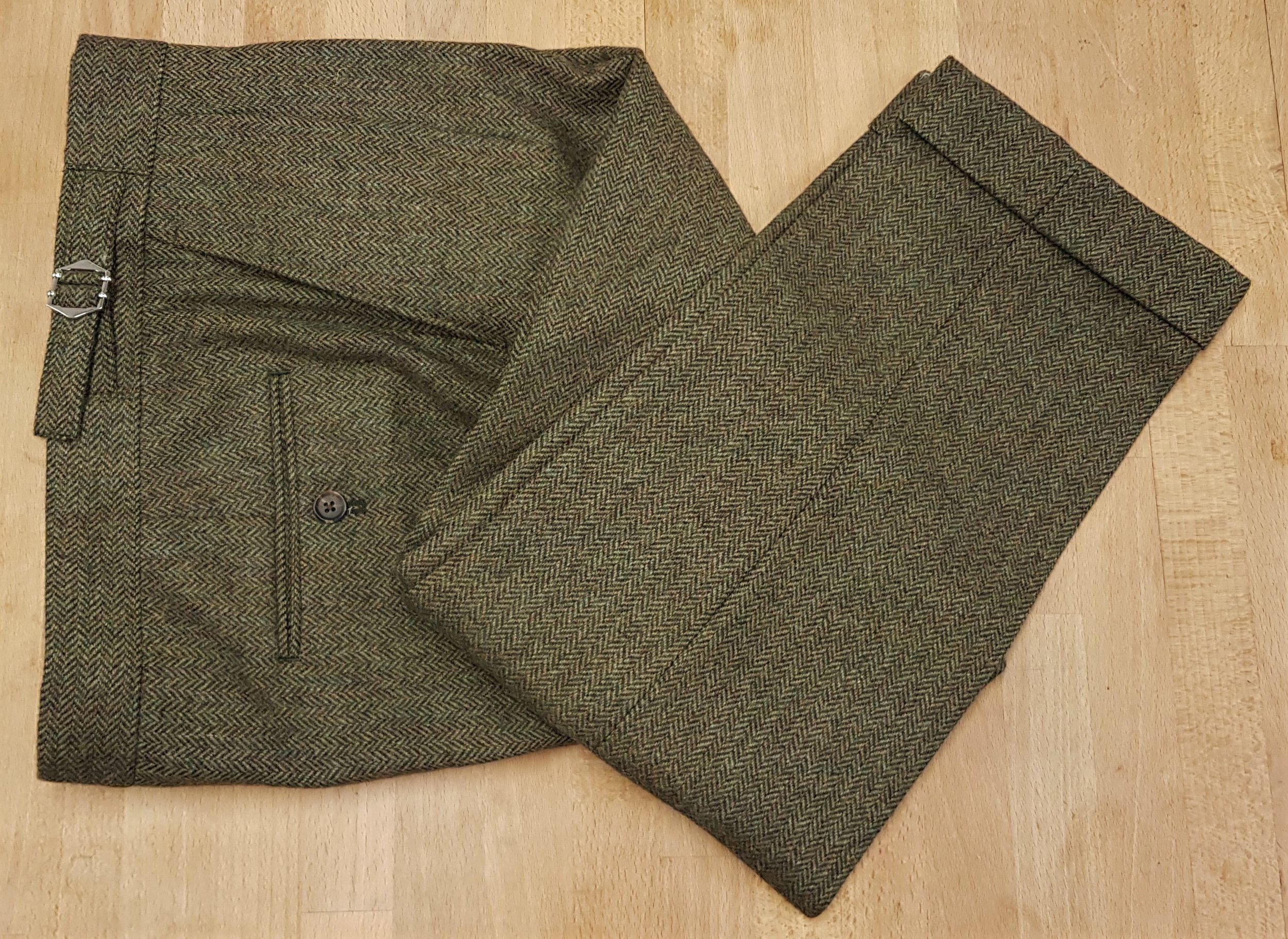3 piece tweed suit in green herringbone (13).jpg