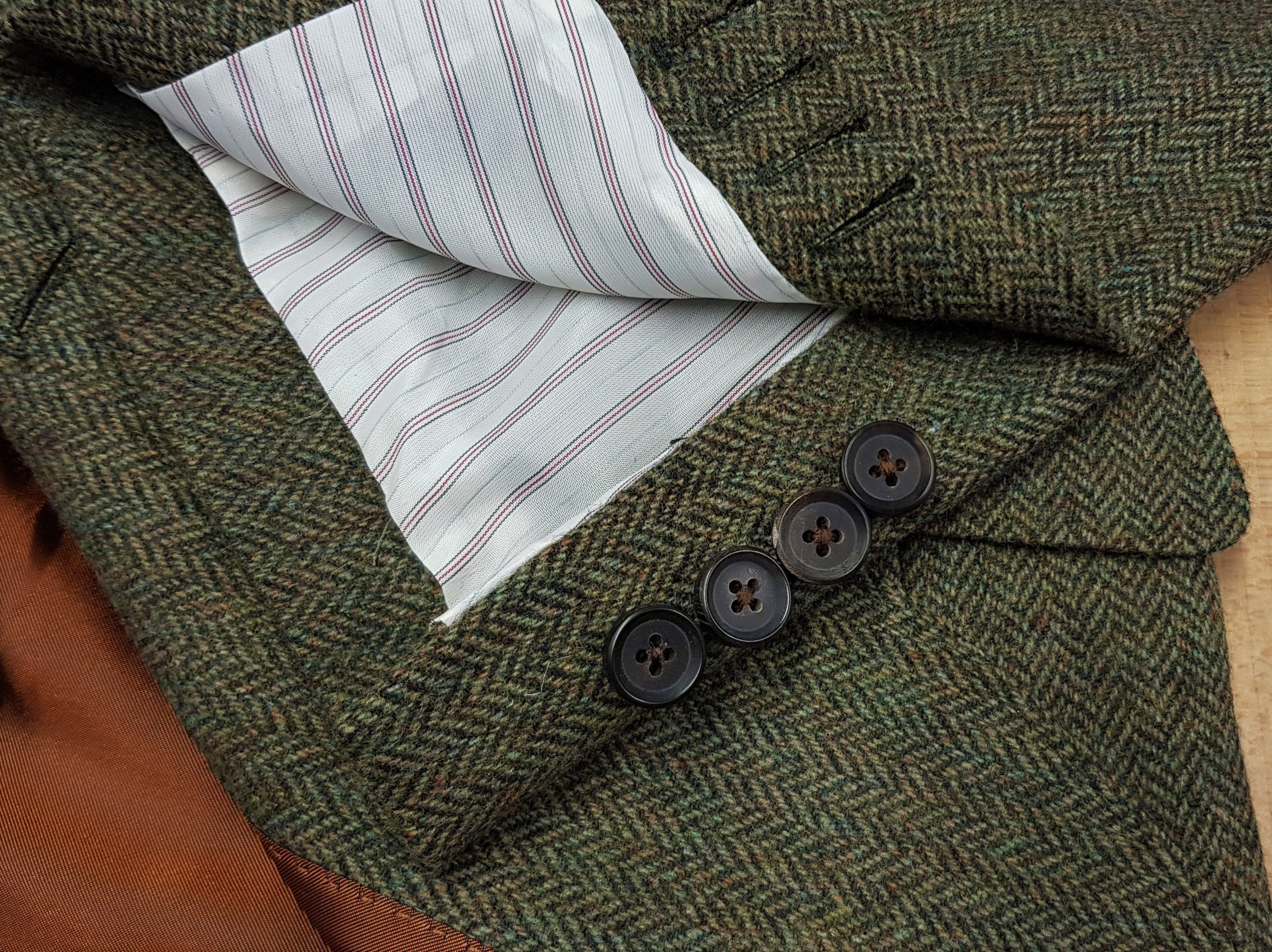 3 piece tweed suit in green herringbone (17).jpg