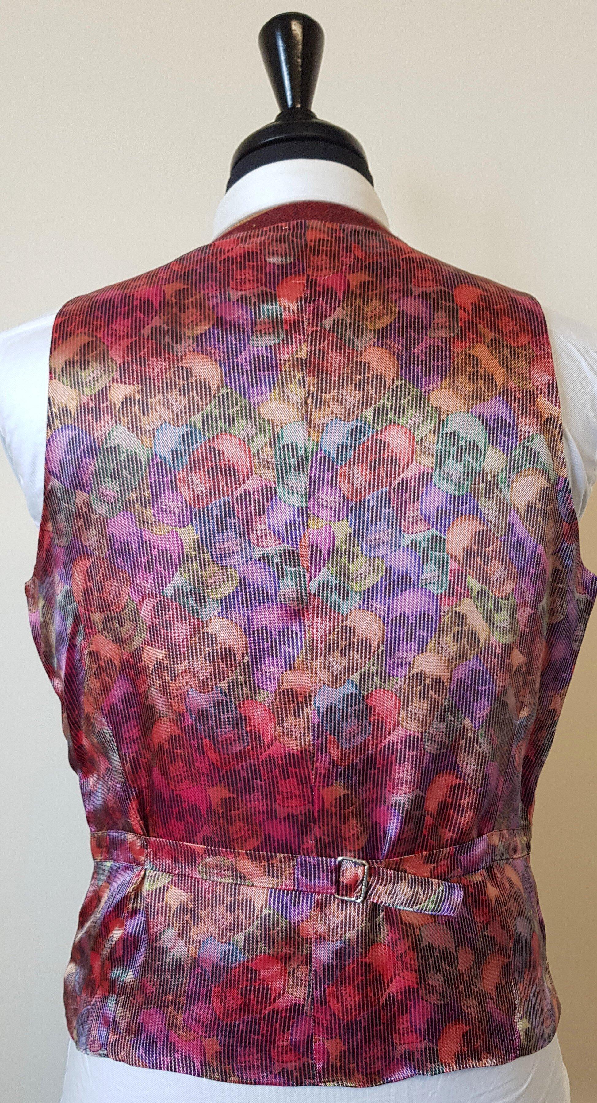 Raspberry Herringbone 3 Piece Tweed Suit (20).jpg
