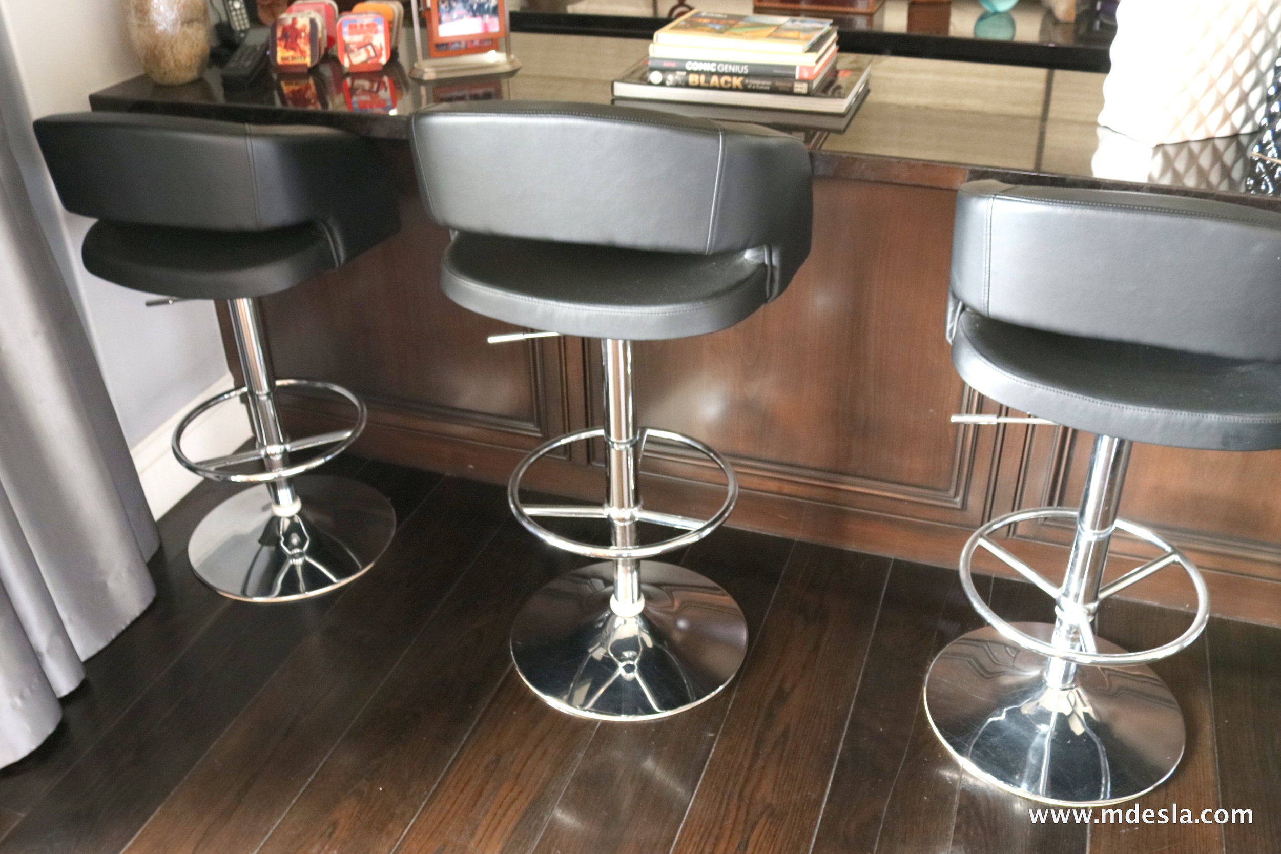 BLACK LEATHER BARSTOOLS (BAR).JPG