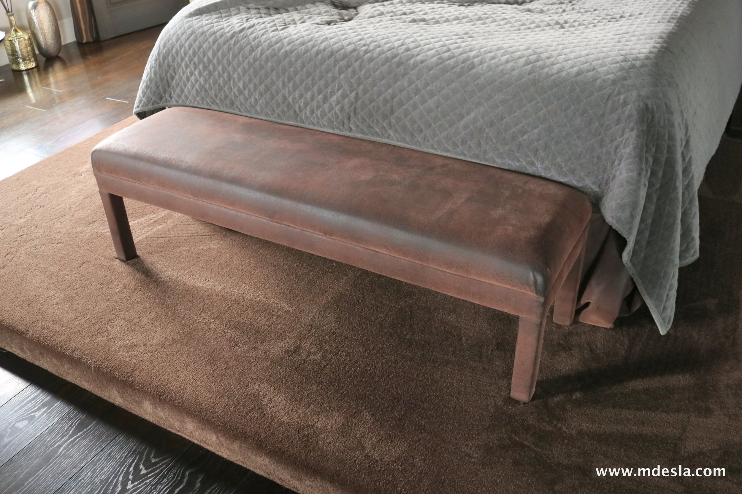 BROWN LEATHER BENCH.JPG