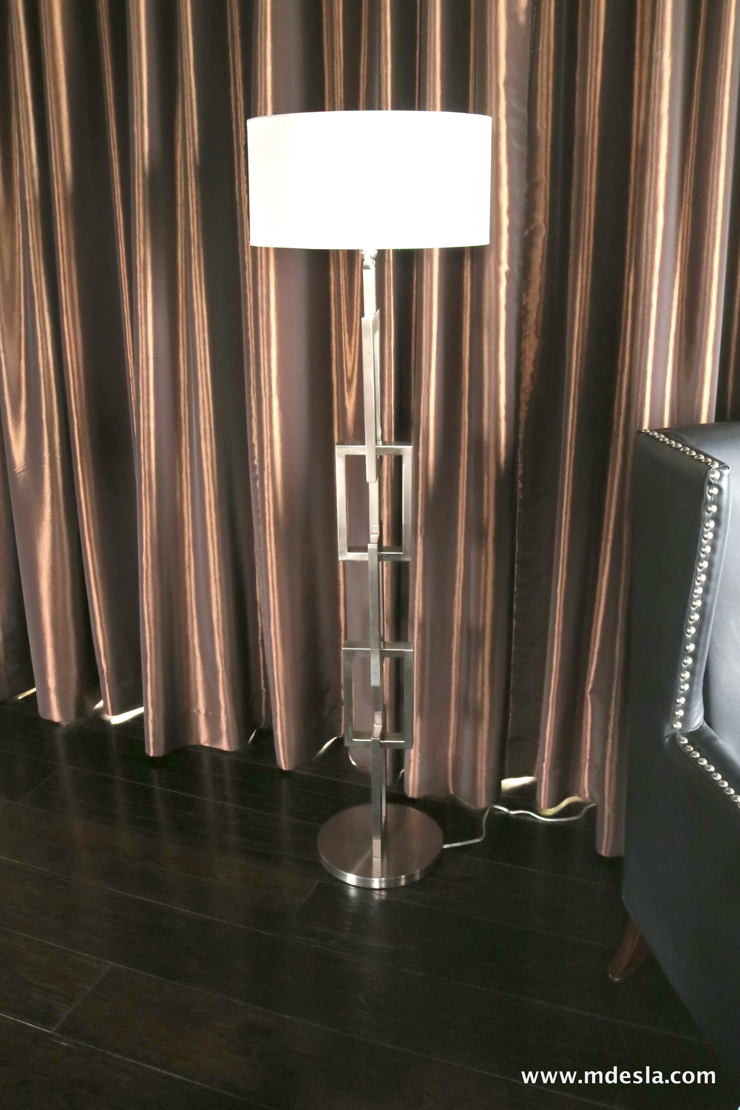 SILVER SLOOR LAMP.JPG