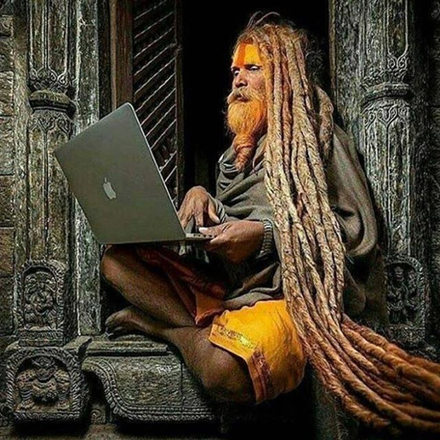 Multidimensional ✨ Enjoy your Tuesday morning PAUSE and feel free to share what resonates with you in the comments. 💖 Reposted from mahadev_devadidev Photo unknown  #indivisibleworld #connection #interdependence #intersection #nondualism #nonduality #sadhus #shiva #india #hinduism