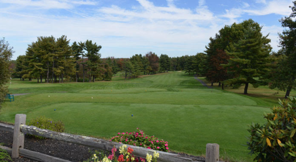 Golf at The Haven CC - Enjoy a round of golf as a foursome at The Haven Country Club.