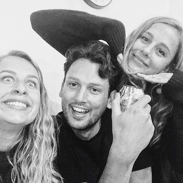 🤪🤪🤪// These idiots 🙋🏼‍♀️🙋🏼‍♀️🙋🏻‍♂️ 💚@henrycbond  @annabelrosebond • #family #siblings #family #love #ukhun #brother #sis #idiots