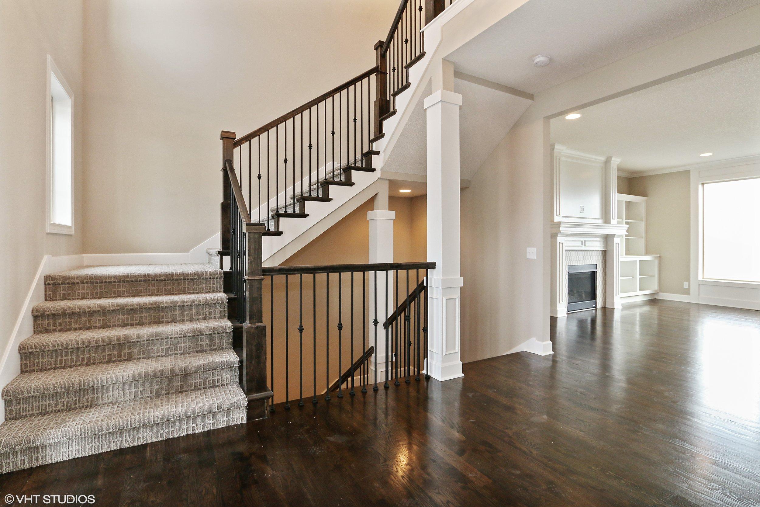 12_211SWRooseveltRidge_68_Staircase_HiRes.jpg