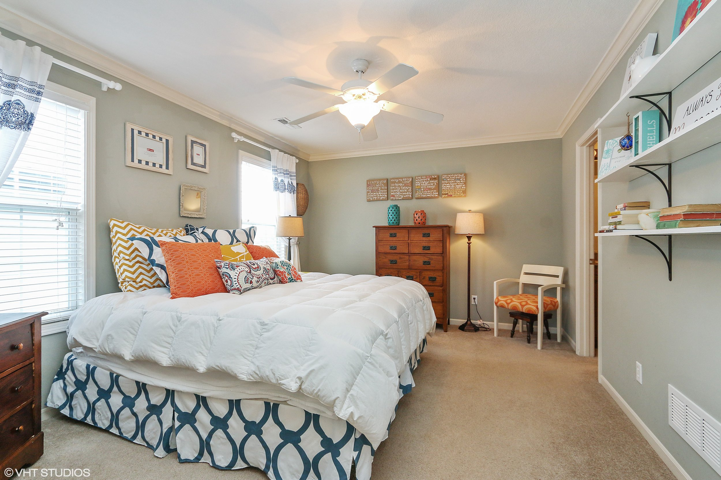 13_3336SWArena_14_MasterBedroom_HiRes.jpg
