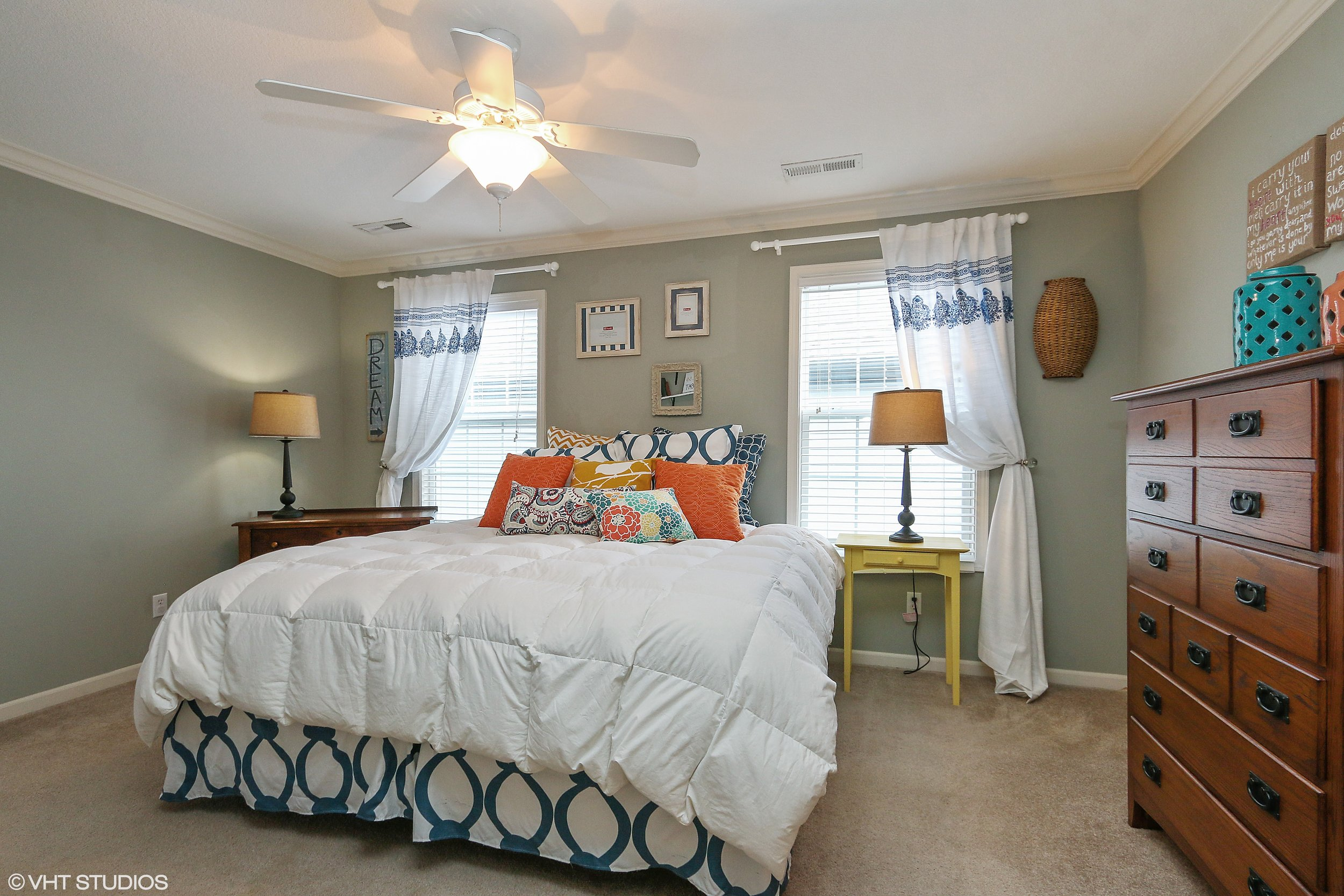 14_3336SWArena_178_MasterBedroom_HiRes.jpg