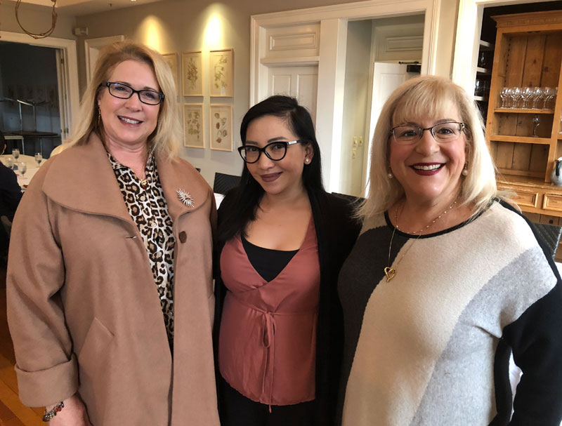 JOANIE, ANNA AND ROBIN AT OUR FEBRUARY BREAKFAST - THANK YOU GENERAL'S DAUGHTER, FOR THE FABULOUS SPREAD AND HOSPITALITY !