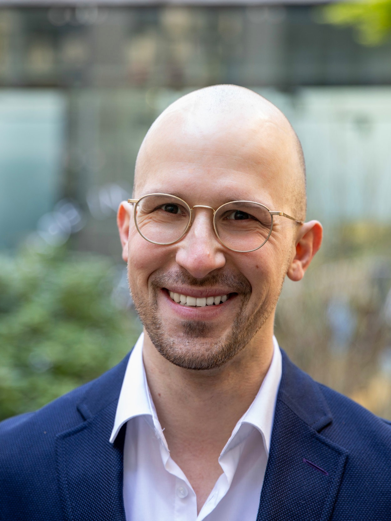 Peter Schlecht, CEO & Founder     Meet Peter