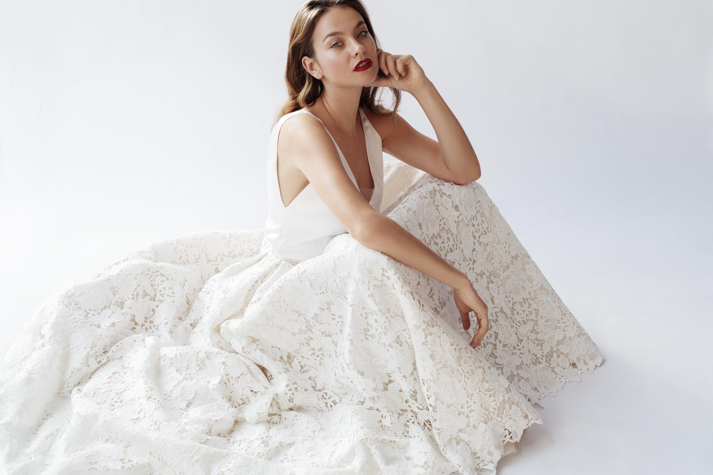 maatkleding-bruidskleding-bridal-bruidsjurk-gent-janssens-fabrics-tailoring-bruidscollectie-aimee-Nina02.jpg