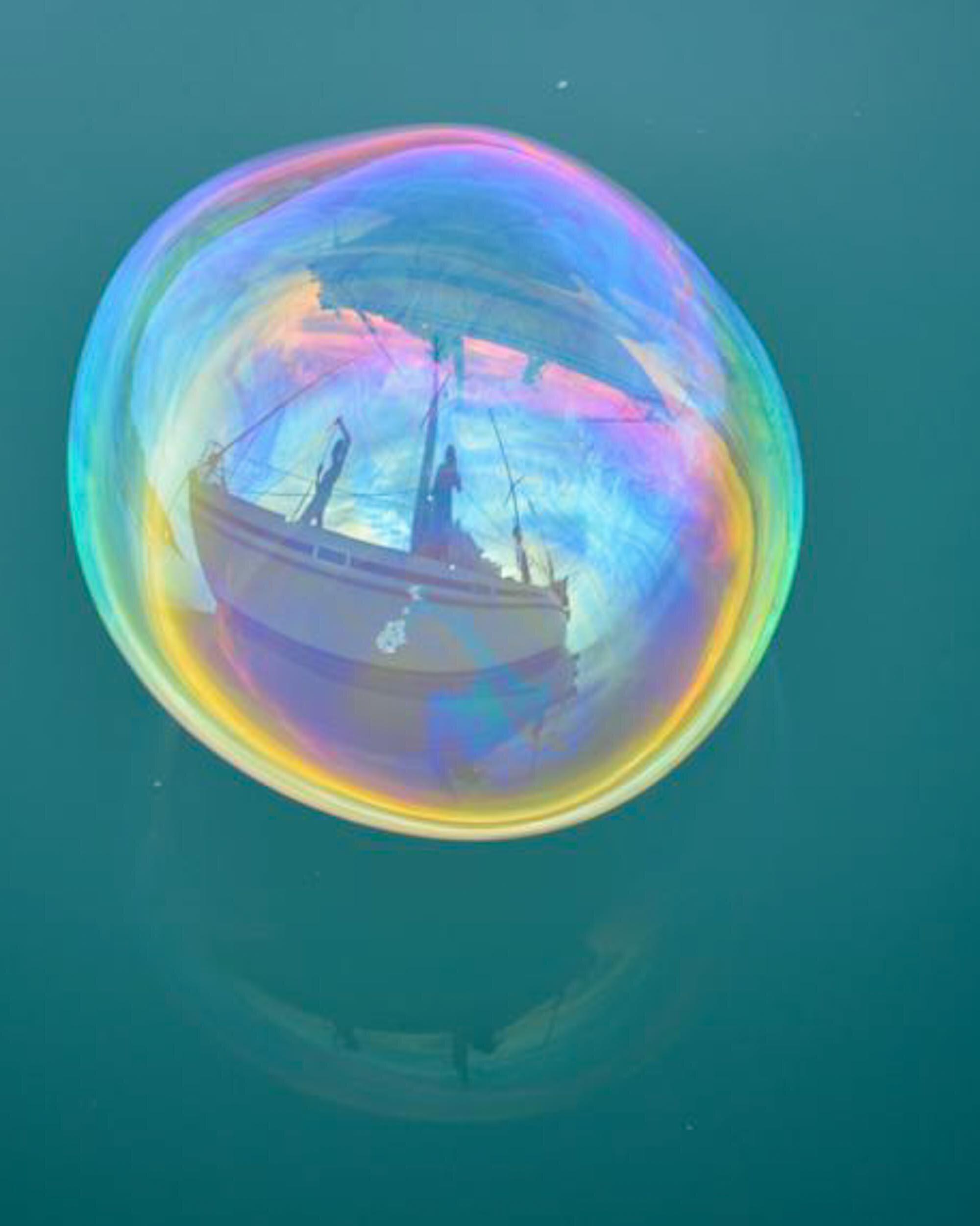 BethAMathews-Bubble-Sailboat_2763.jpg