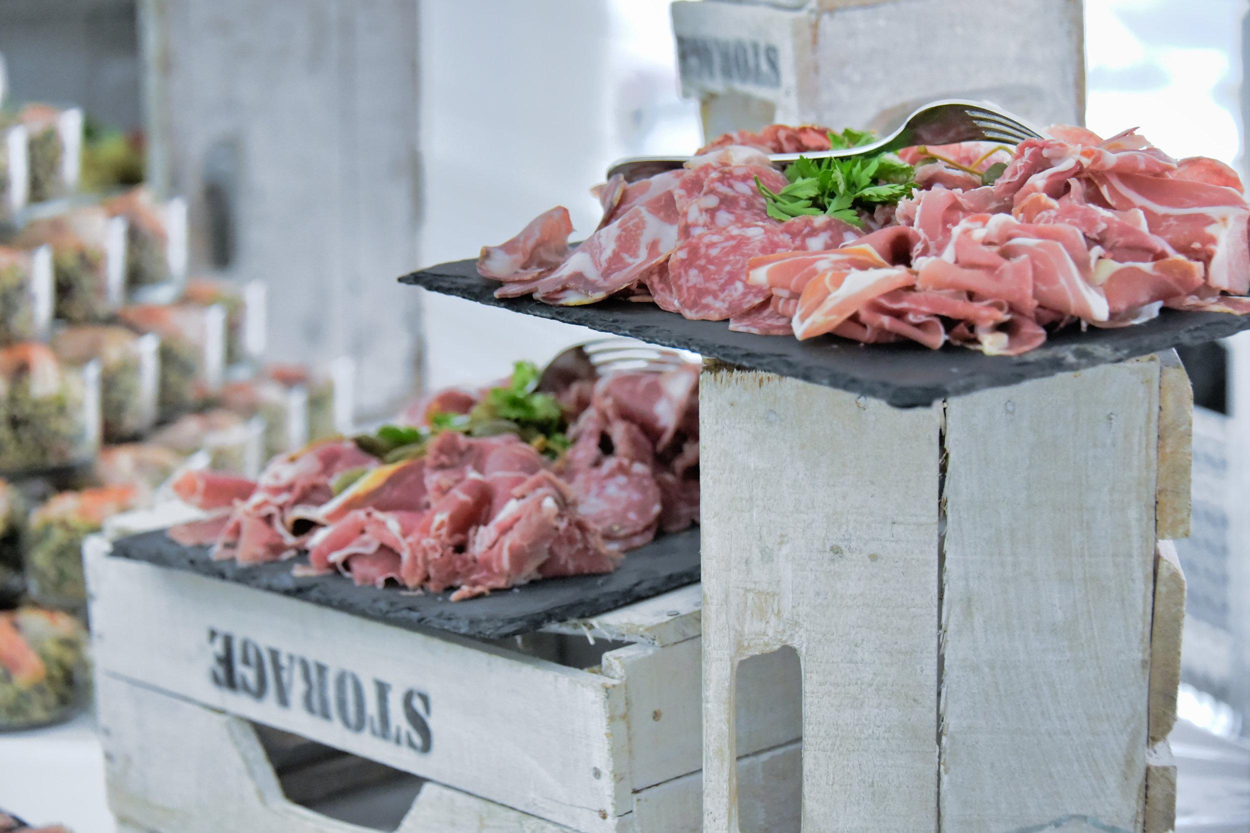 site-Charcuterie italienne san daniele coppa salame di felino 2.JPG