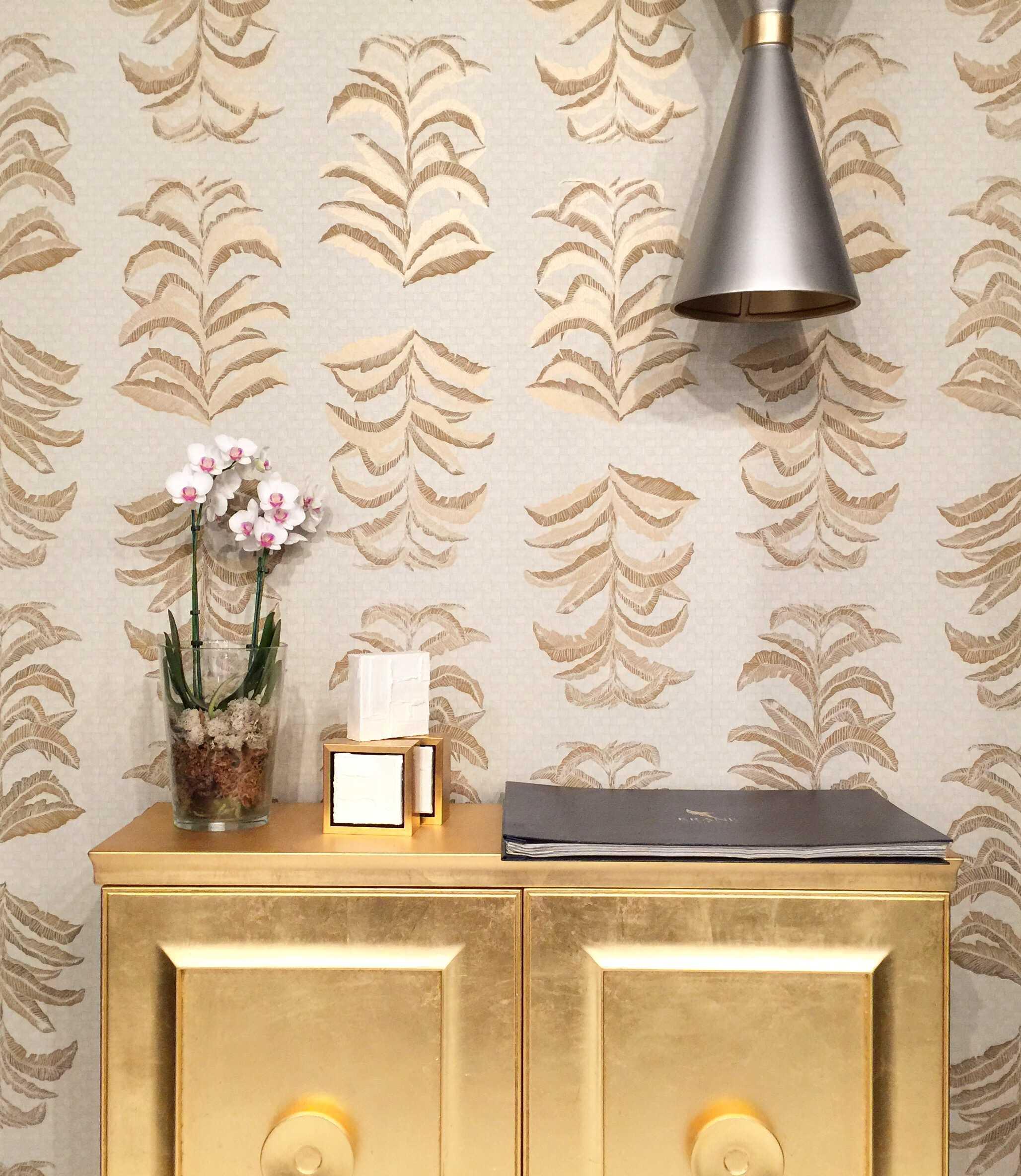 Banana Leaf Wallpaper in Gold