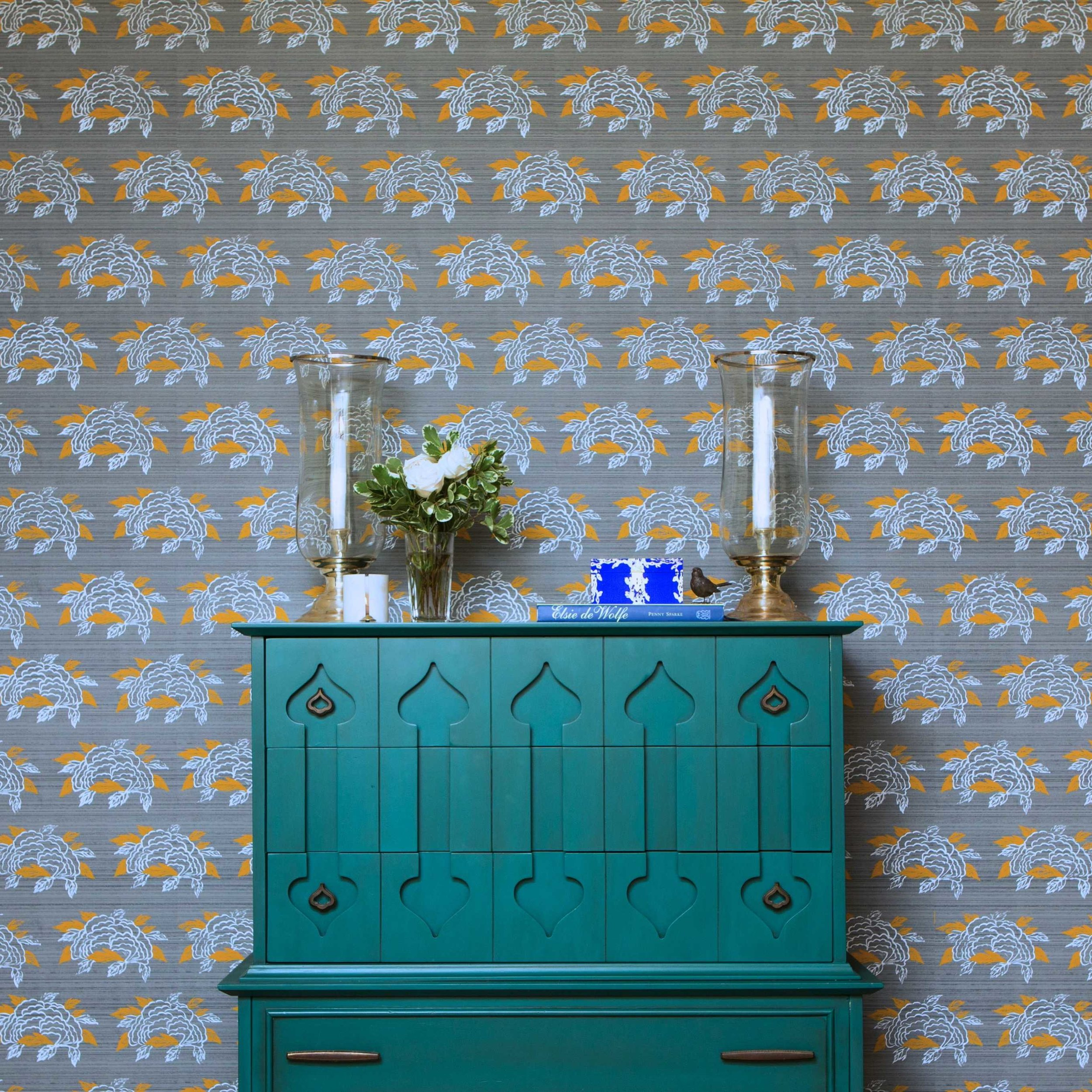 Chrysanthemum Wallpaper in French Grey, Photo by Benjamin Hoffman