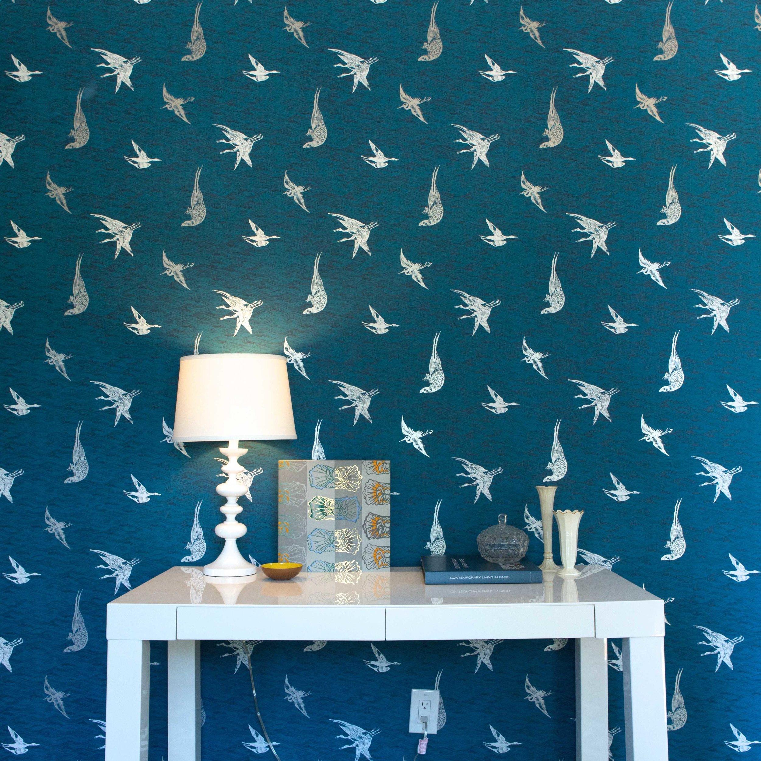 Birds Wallpaper in Azure, Photo by Benjamin Hoffman