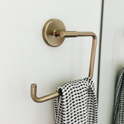 Towel ring -