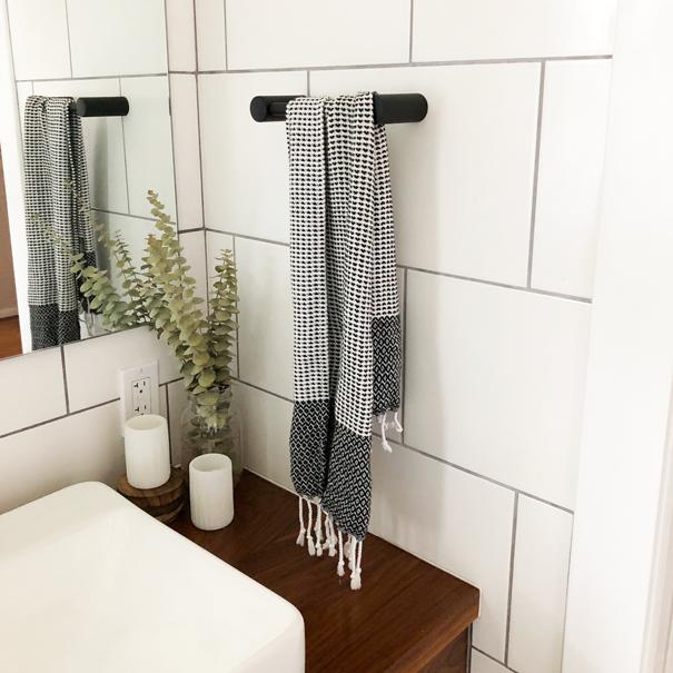 Hand towel -