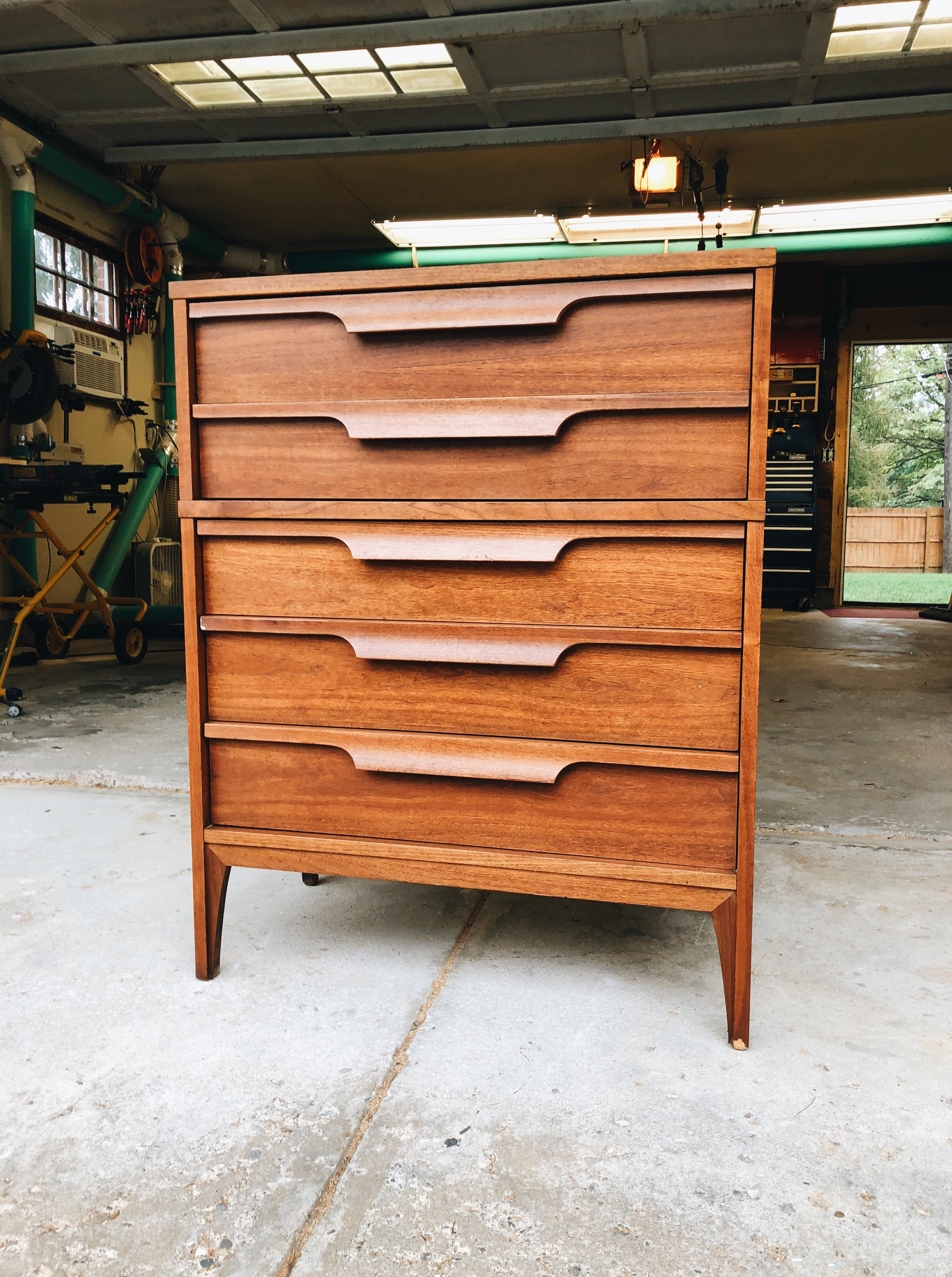After using  Restor-A-Finish in Walnut  and  Feed-N-Wax .