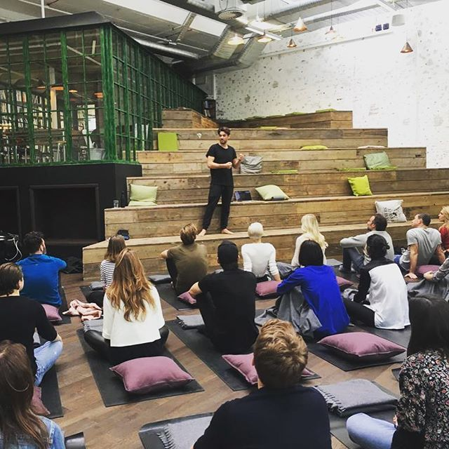 Still buzzing from sat! The perfect recipe from @patrickdrake @angelikaalana and the @hellofreshuk crew! ⠀⠀⠀⠀⠀⠀⠀⠀⠀ ⠀⠀⠀⠀⠀⠀⠀⠀⠀ Bad ass offices (serious office goals), such an inspiring, eclectic group of indiviudals joined for an hour of breath followed by some seriously good grub and conversations, a lot of wine and a bit of puppy love!  All in aid of @thefelixproject ❤  So great to be part of this! Can we do it again soon please!?? ⠀⠀⠀⠀⠀⠀⠀⠀⠀ ⠀⠀⠀⠀⠀⠀⠀⠀⠀ ⠀⠀⠀⠀⠀⠀⠀⠀⠀ Thankyou🙏🏼 ⠀⠀⠀⠀⠀⠀⠀⠀⠀ @novanovs_ @sandeman_  #breathpod #hellofresh #thankyou #greatful #love #crew #eatwell #fun #breathe #breath #perfectsaturday #freshtalks #goodfood #inhale #exhale #awesome #weekend #vibes #goodvibes